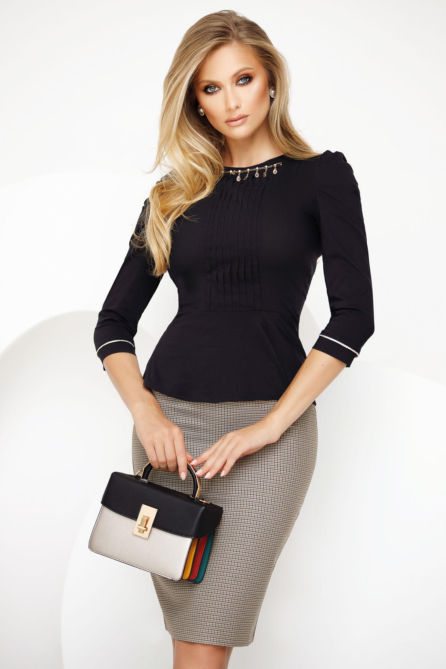 Fekete irodai női ing enyhén elasztikus pamut fémes kiegészítővel derekán fodros