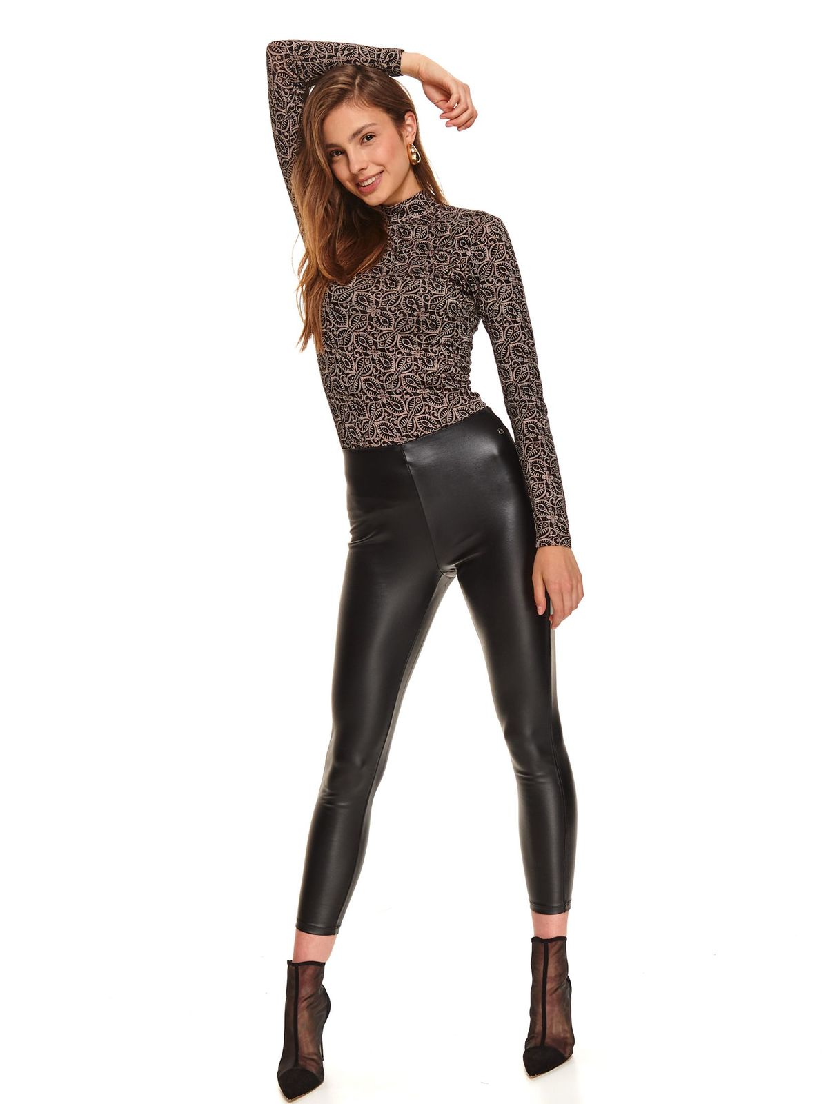 Black tights casual with tented cut with medium waist faux leather
