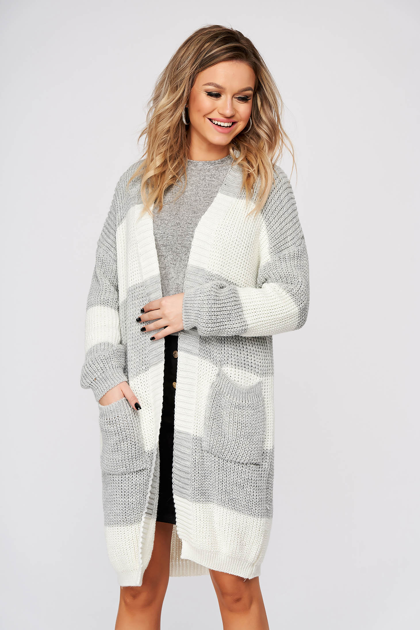 Grey cardigan casual long with easy cut knitted fabric