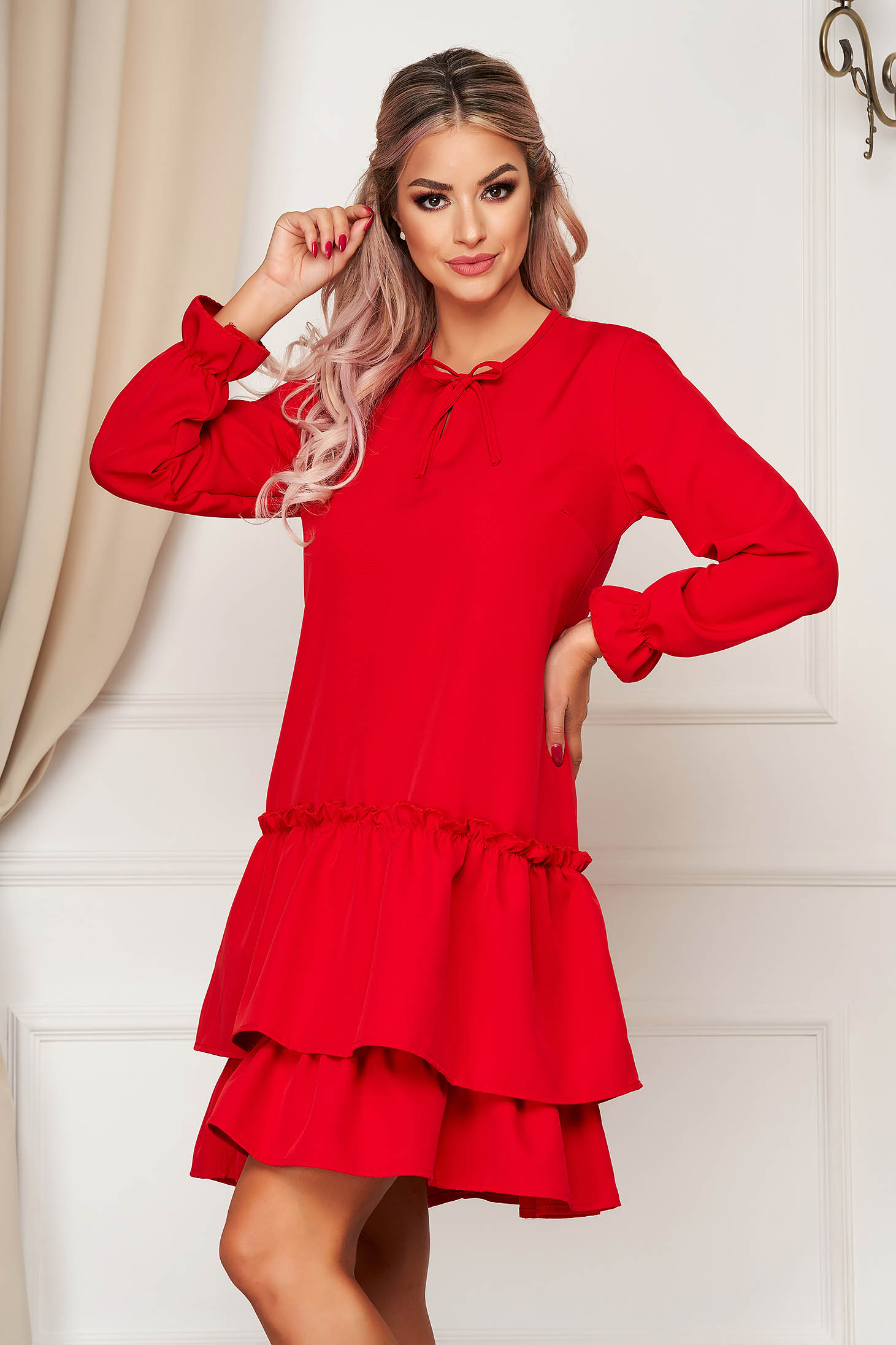 StarShinerS red dress daily flared slightly elastic fabric with ruffles at the buttom of the dress