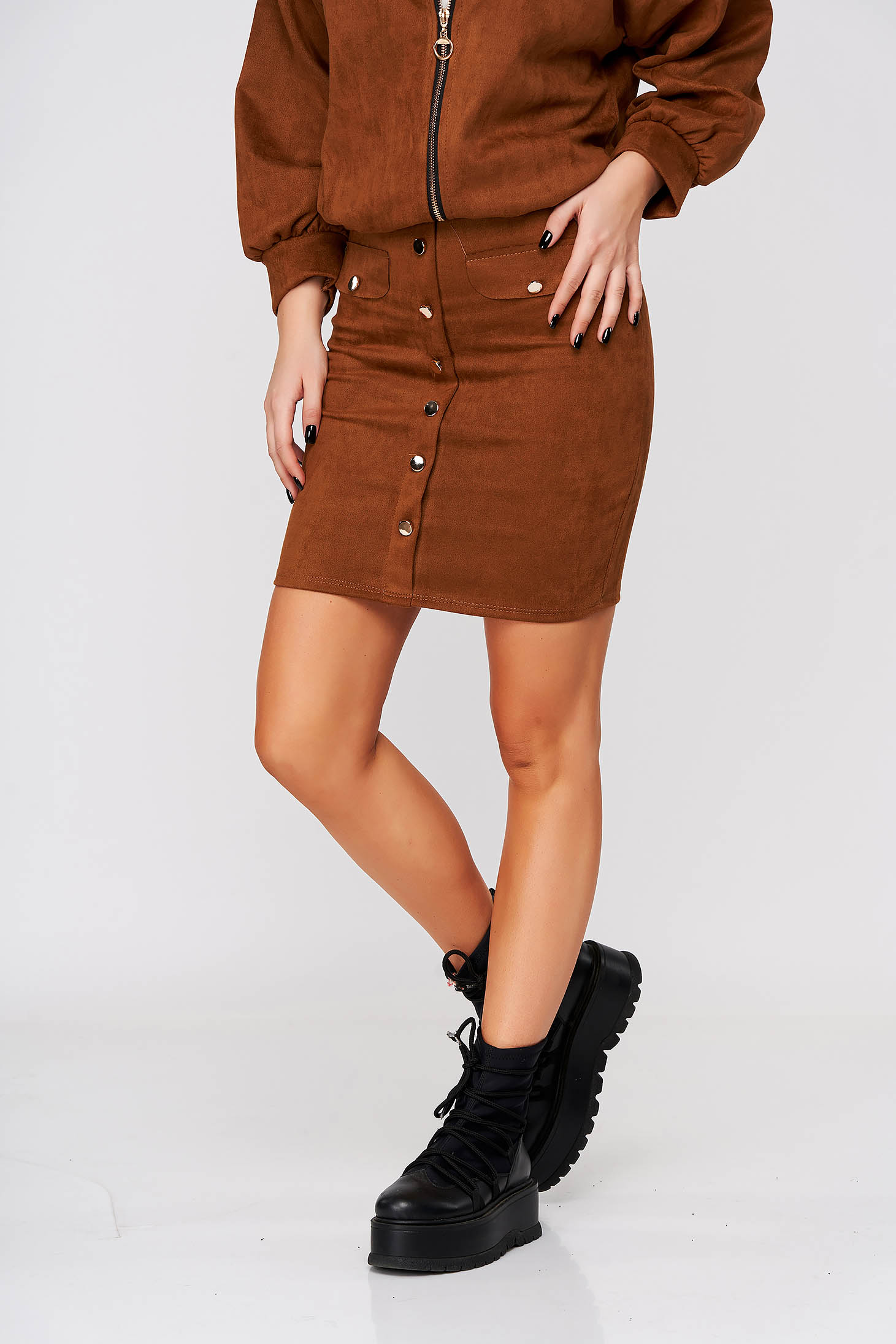 Brown skirt casual short cut medium waist elastic waist with button accessories