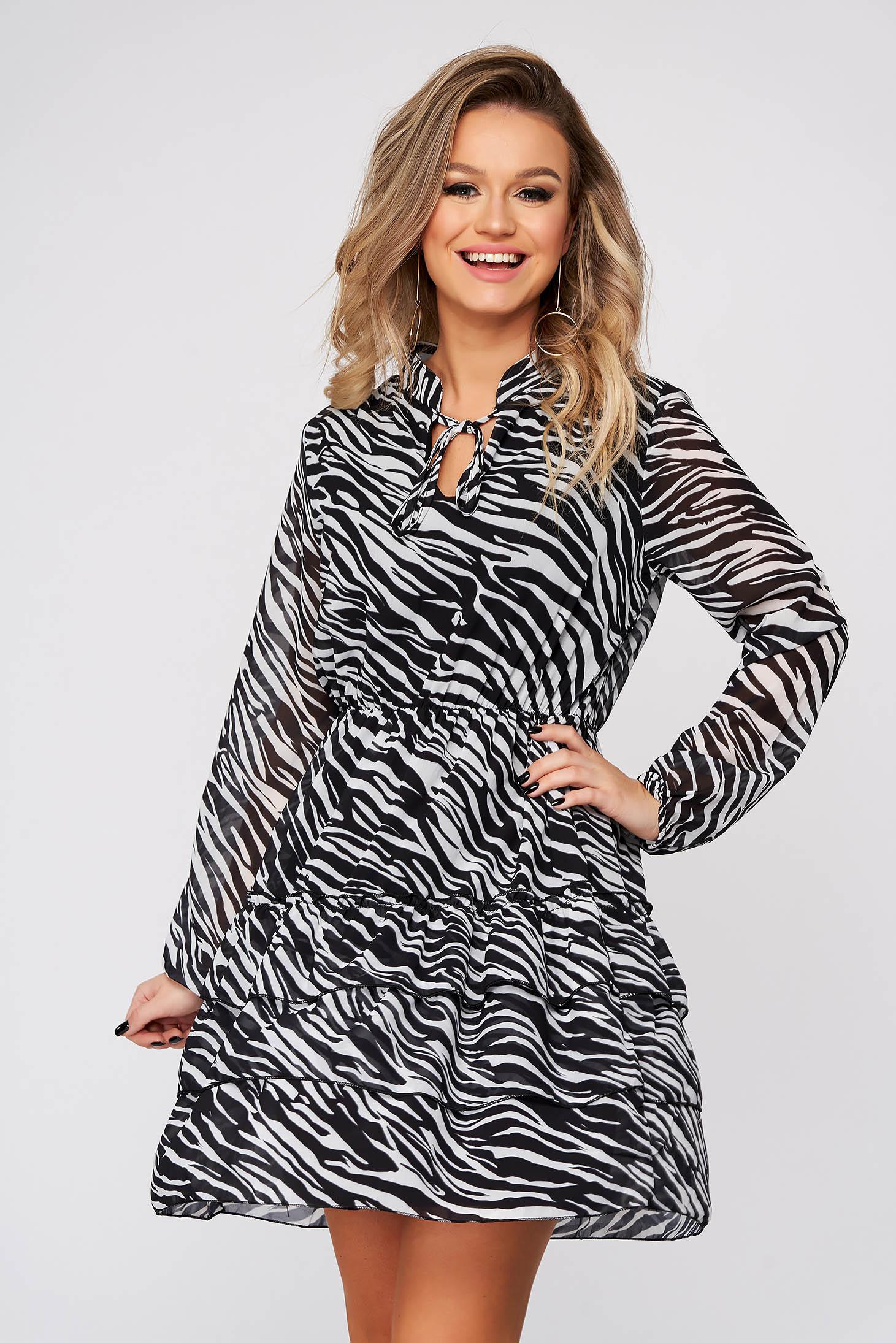 Rochie SunShine neagra de zi scurta clos cu elastic in talie din voal cu volanase la baza rochiei