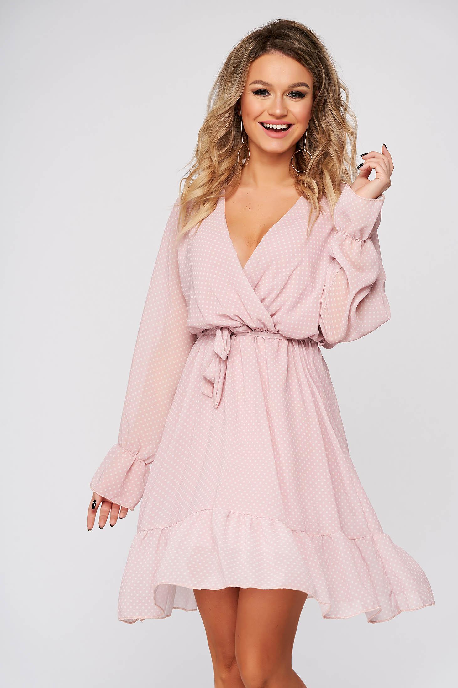 Rochie SunShine roz de zi clos cu elastic in talie cu decolteu in v accesorizata cu cordon