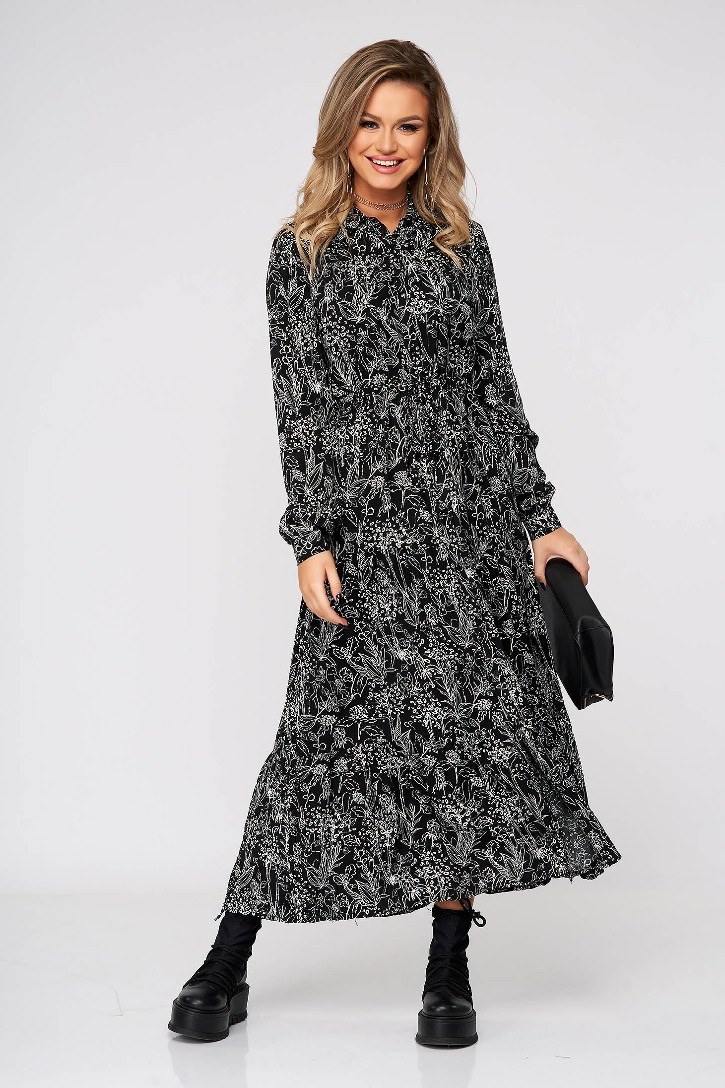 Dress long daily airy fabric with easy cut long sleeved