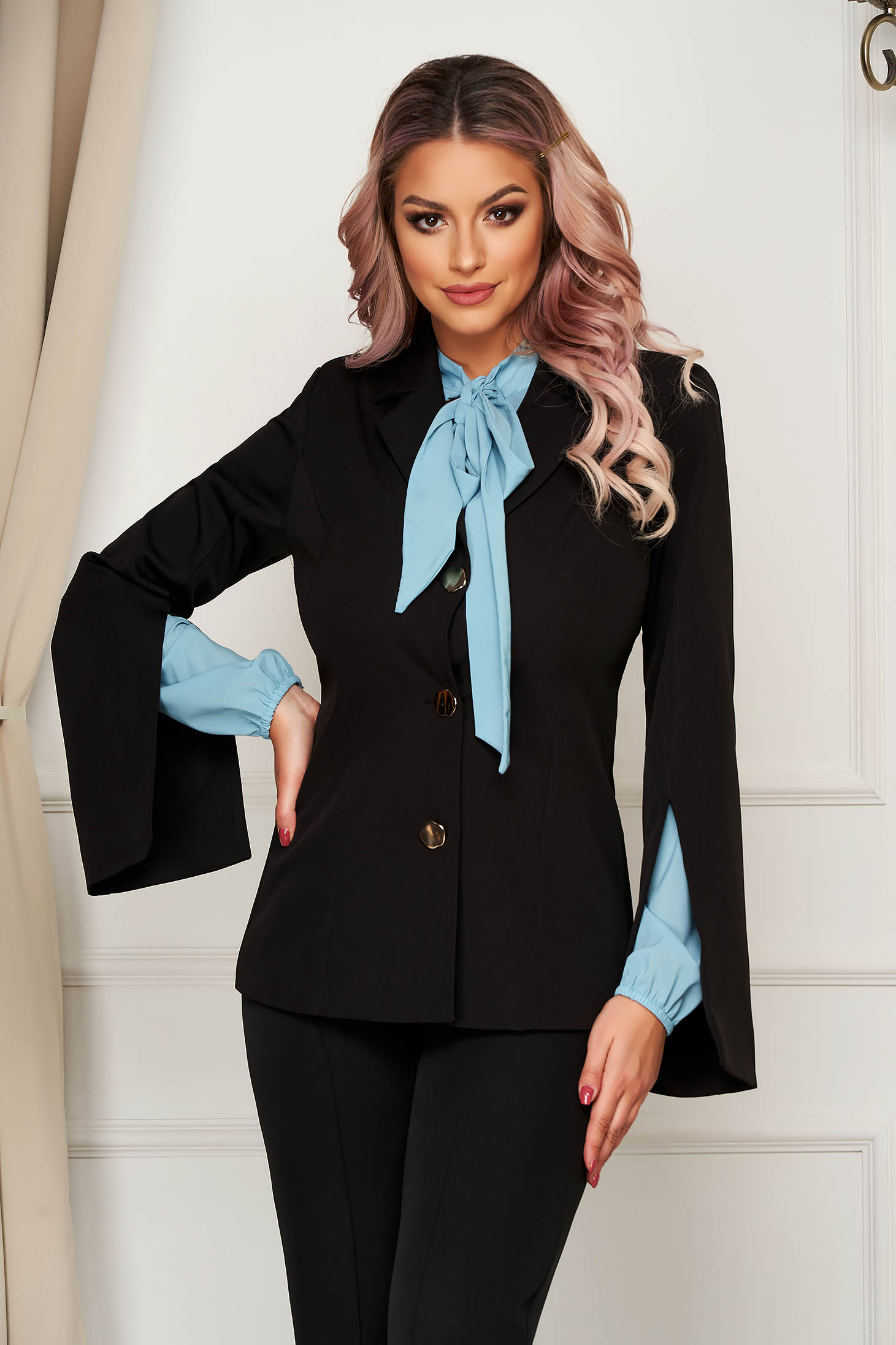 Elegant black tented jacket cloth thin fabric with cut-out sleeves