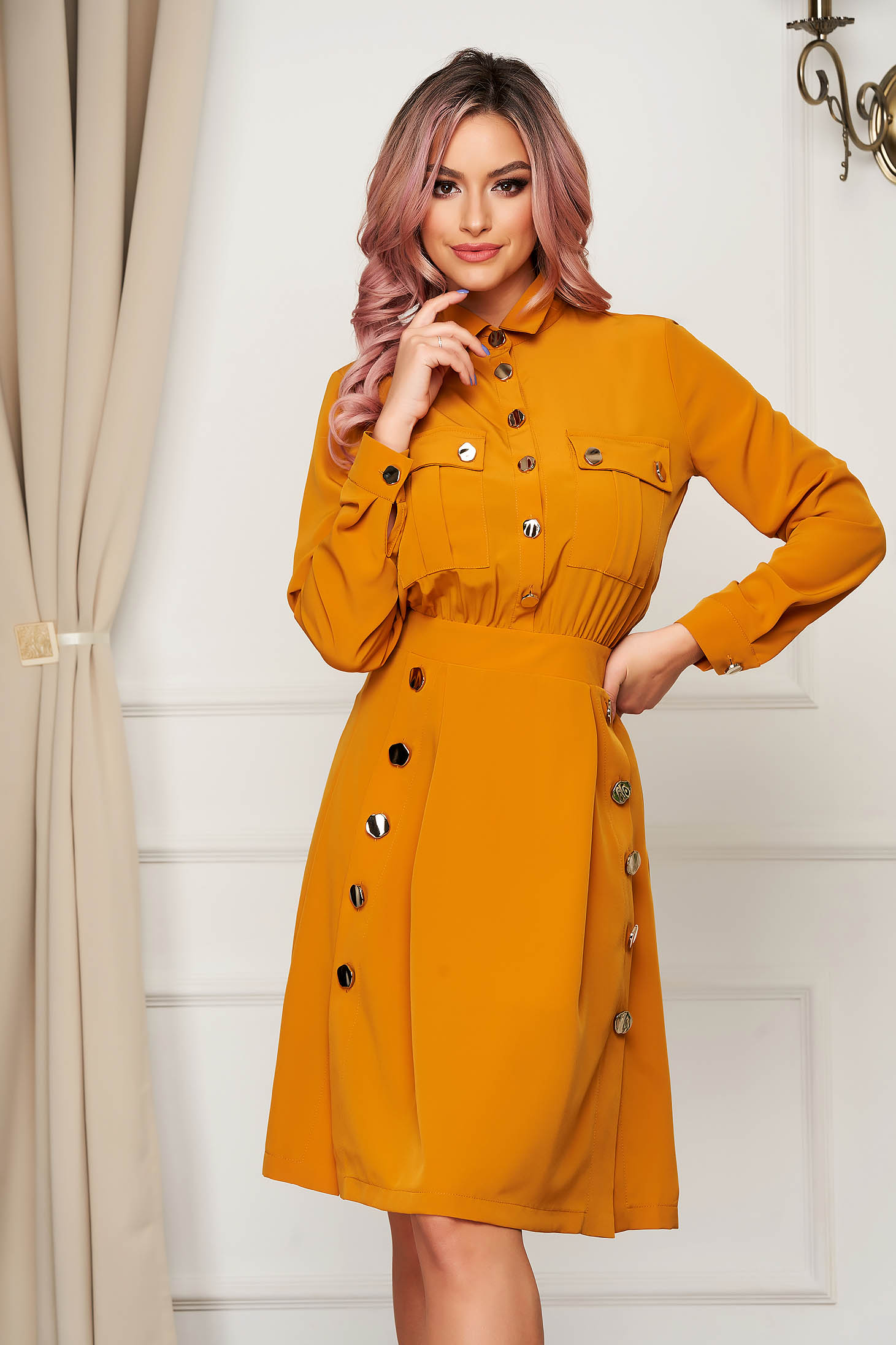 Midi daily cloche mustard long sleeved dress