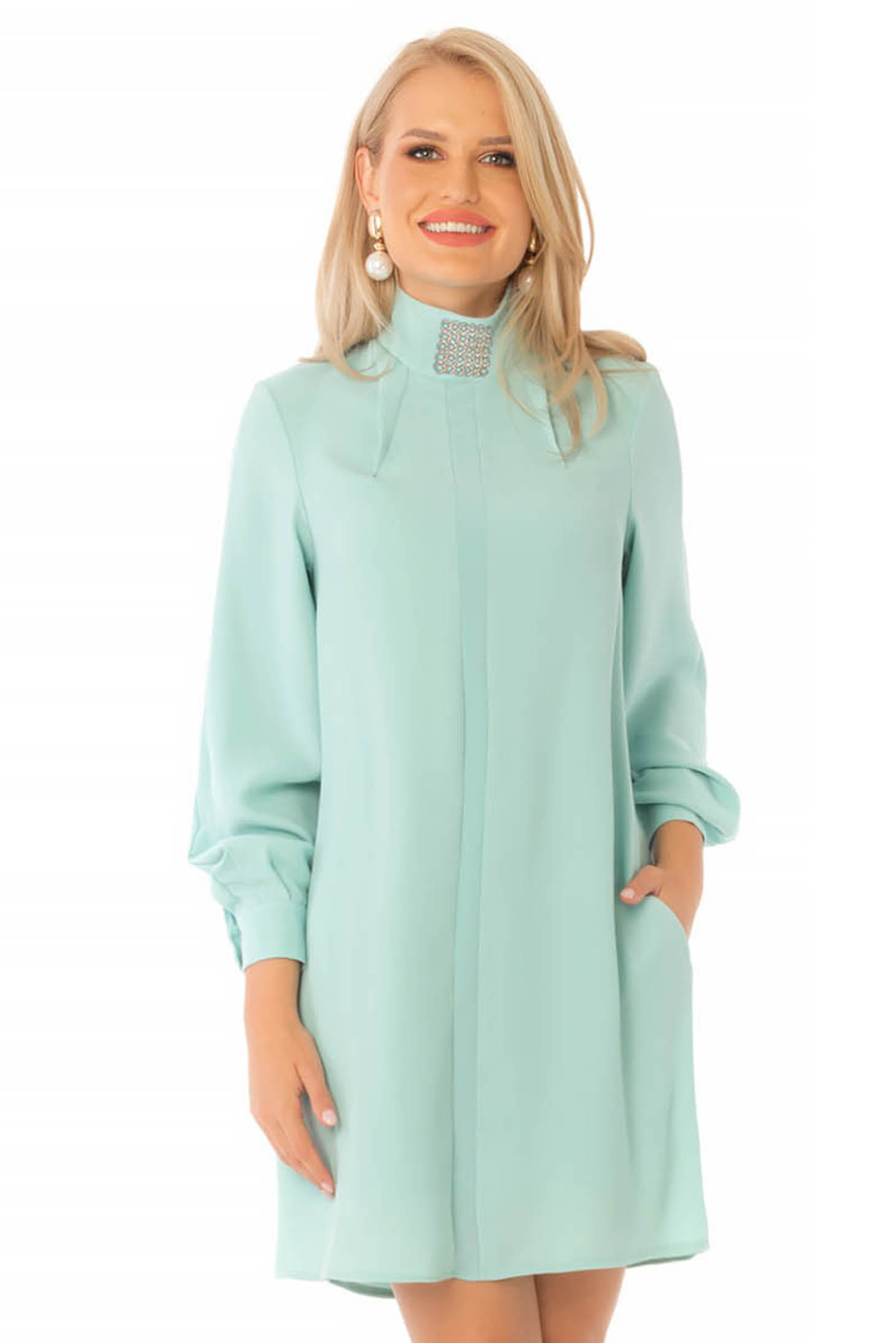 Short cut daily mint dress from veil fabric a-line turtleneck long sleeved