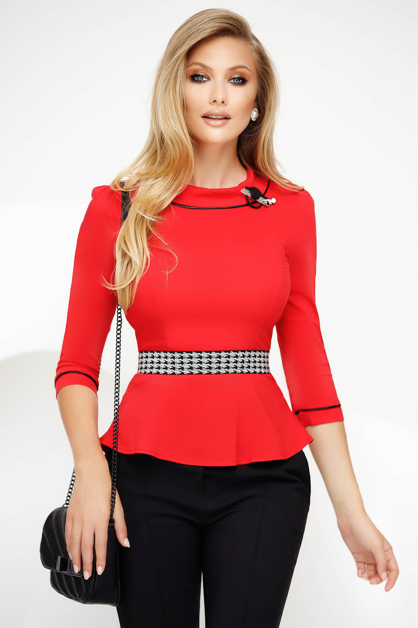 Camasa dama Fofy rosie office din bumbac usor elastic cu un croi mulat cu peplum