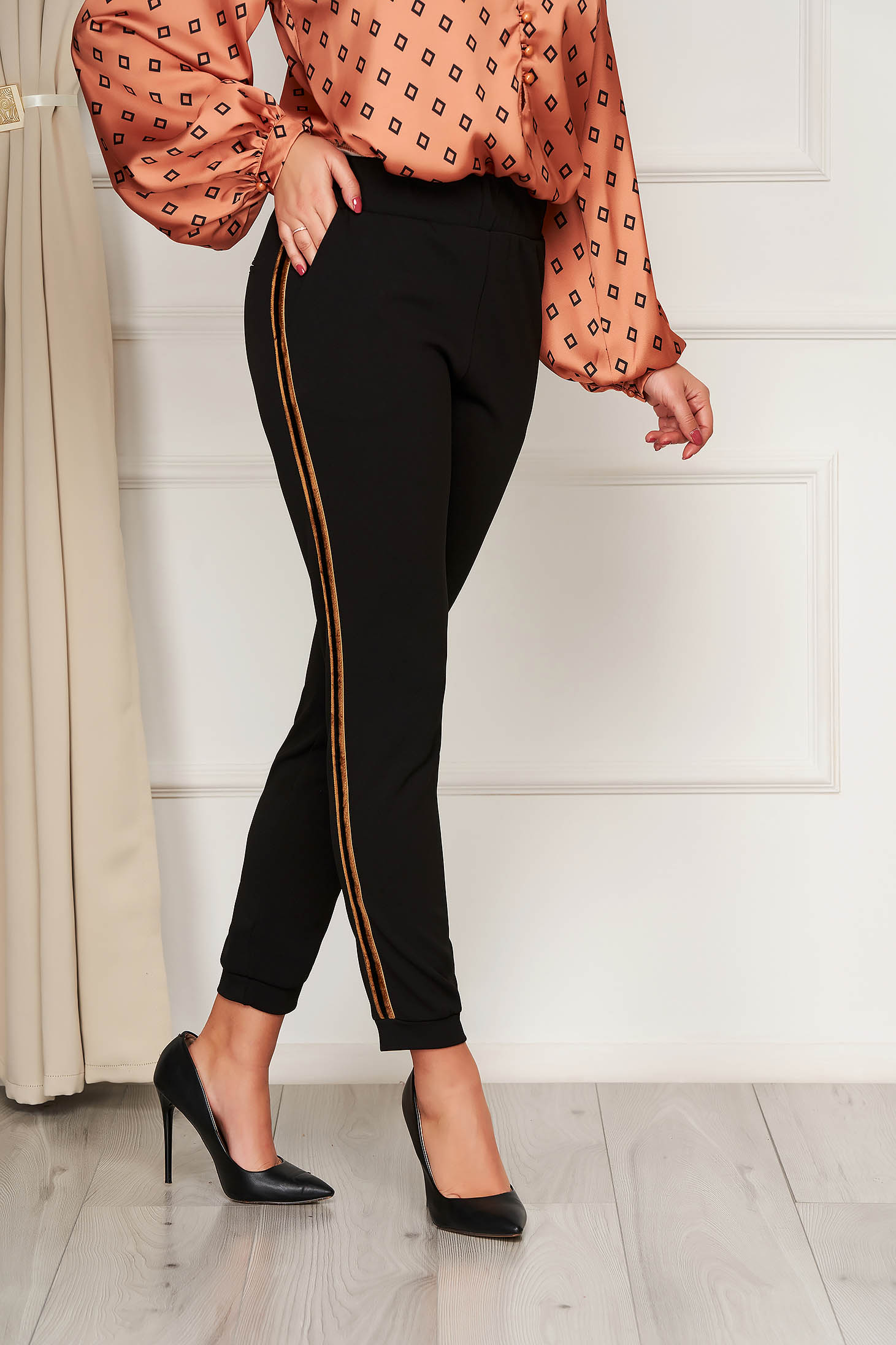 Conical office black trousers with elastic waist