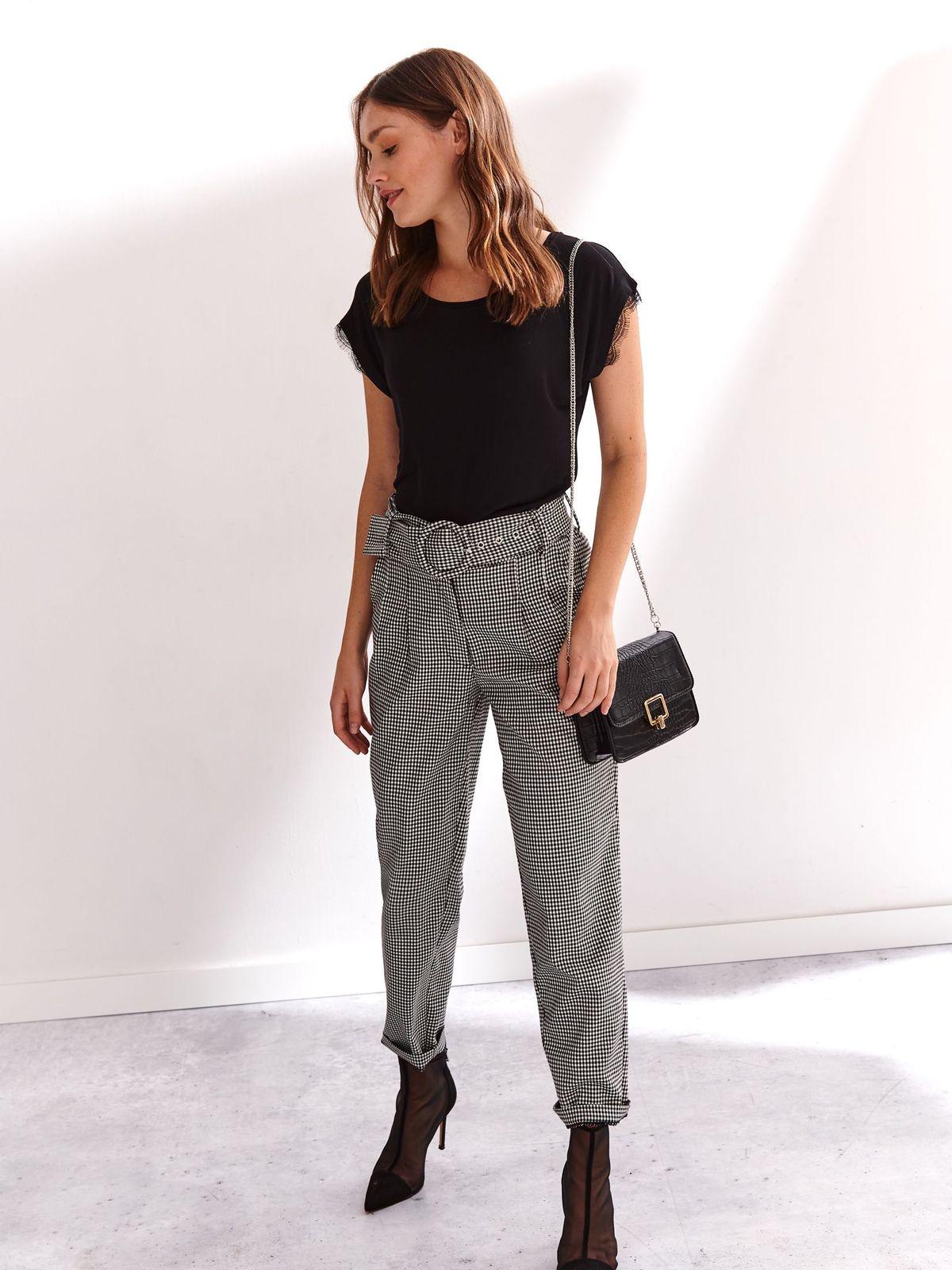 Bluza dama Top Secret neagra cu croi larg din material vaporos cu aplicatii de dantela