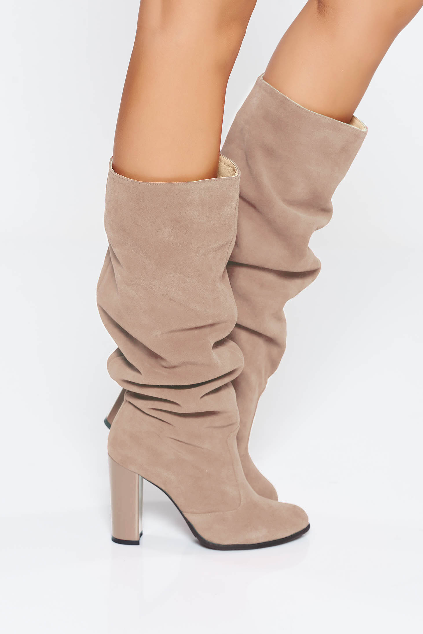 Cream casual boots chunky heel natural leather