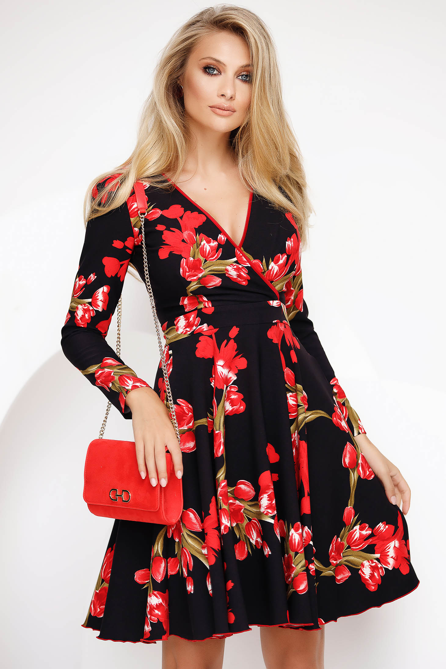 Red short cut daily dress cloche thin fabric
