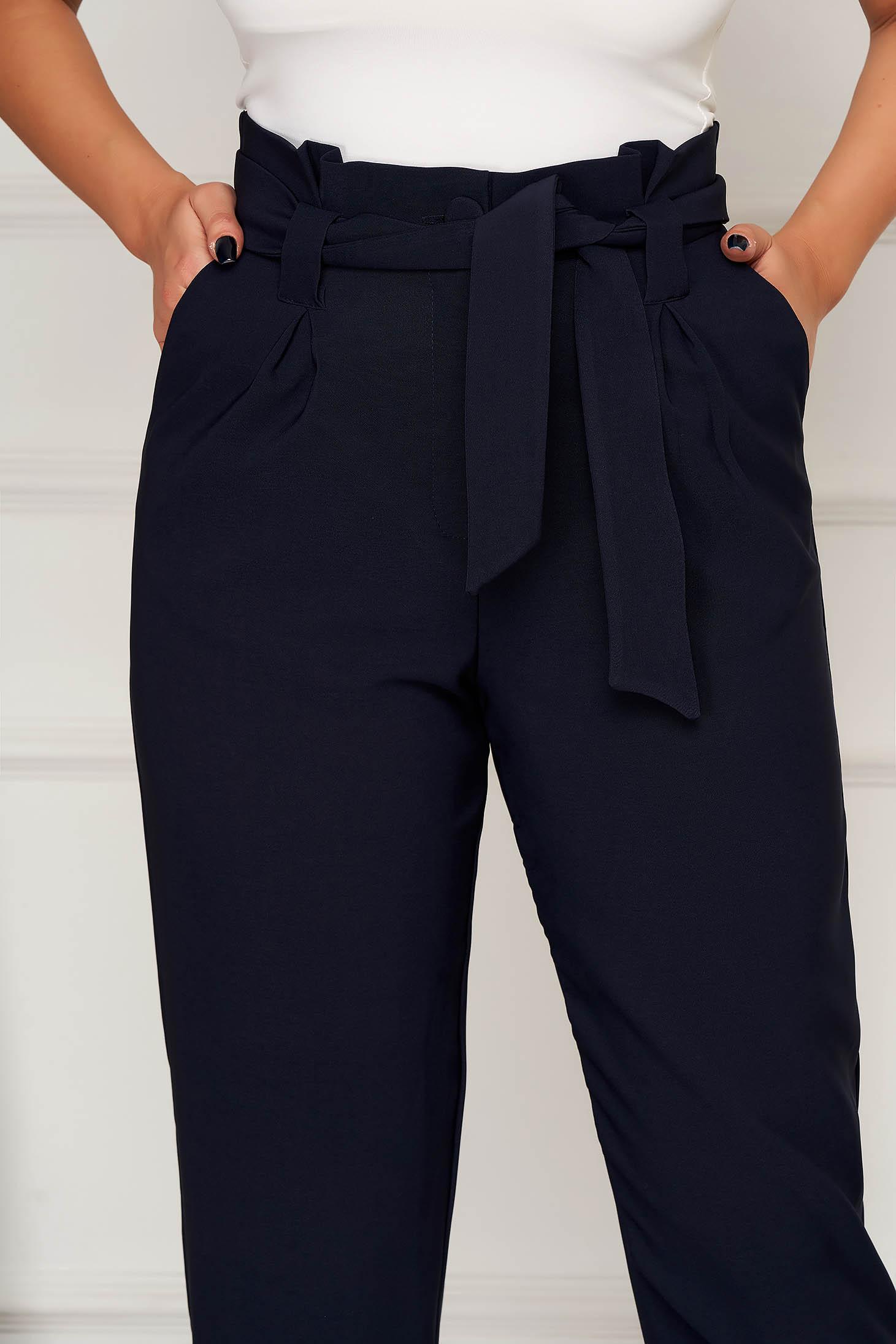 Pantaloni albastru-inchis office conici din stofa cu buzunare