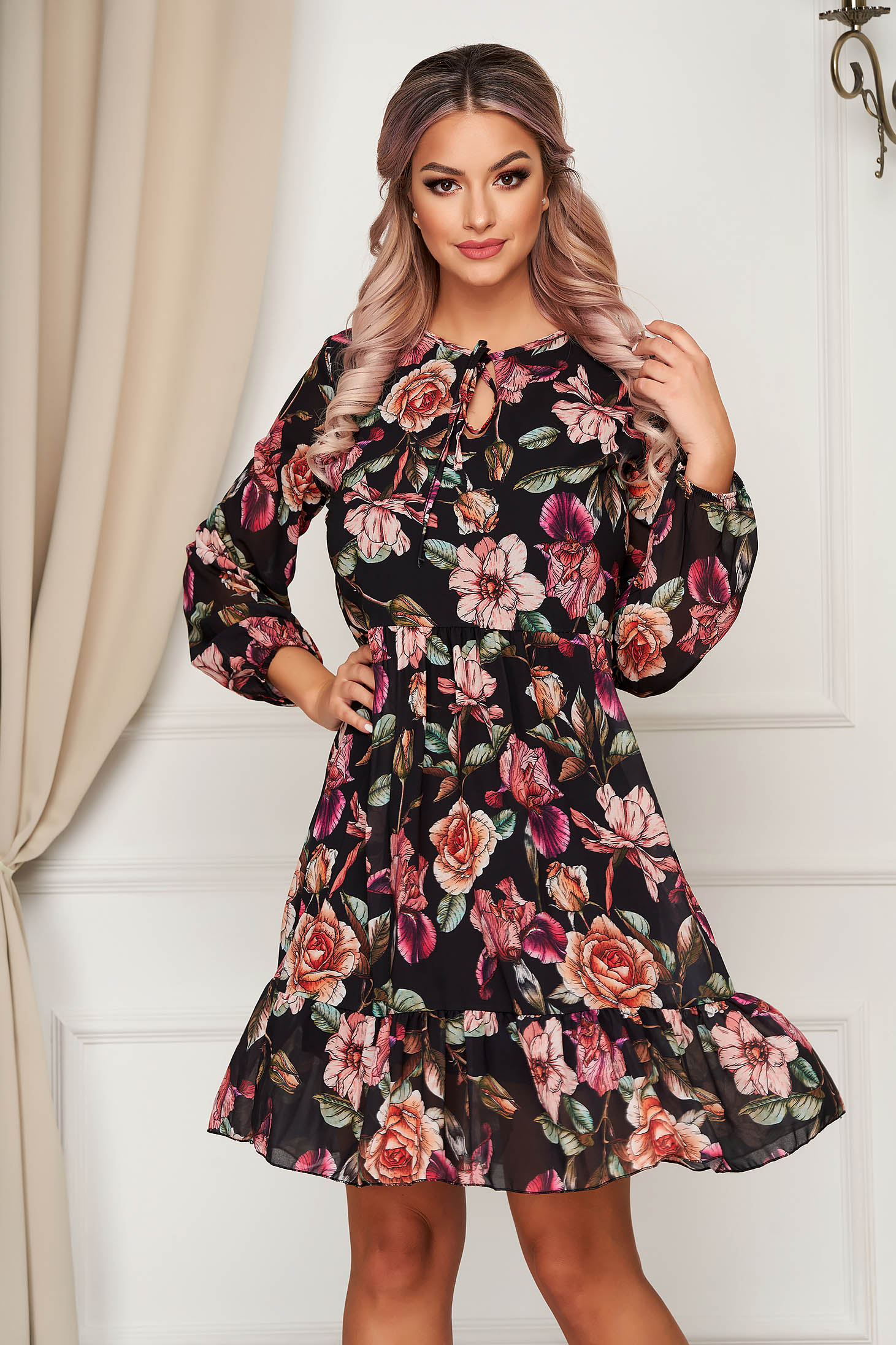 Black dress short cut daily from veil fabric flared with floral prints