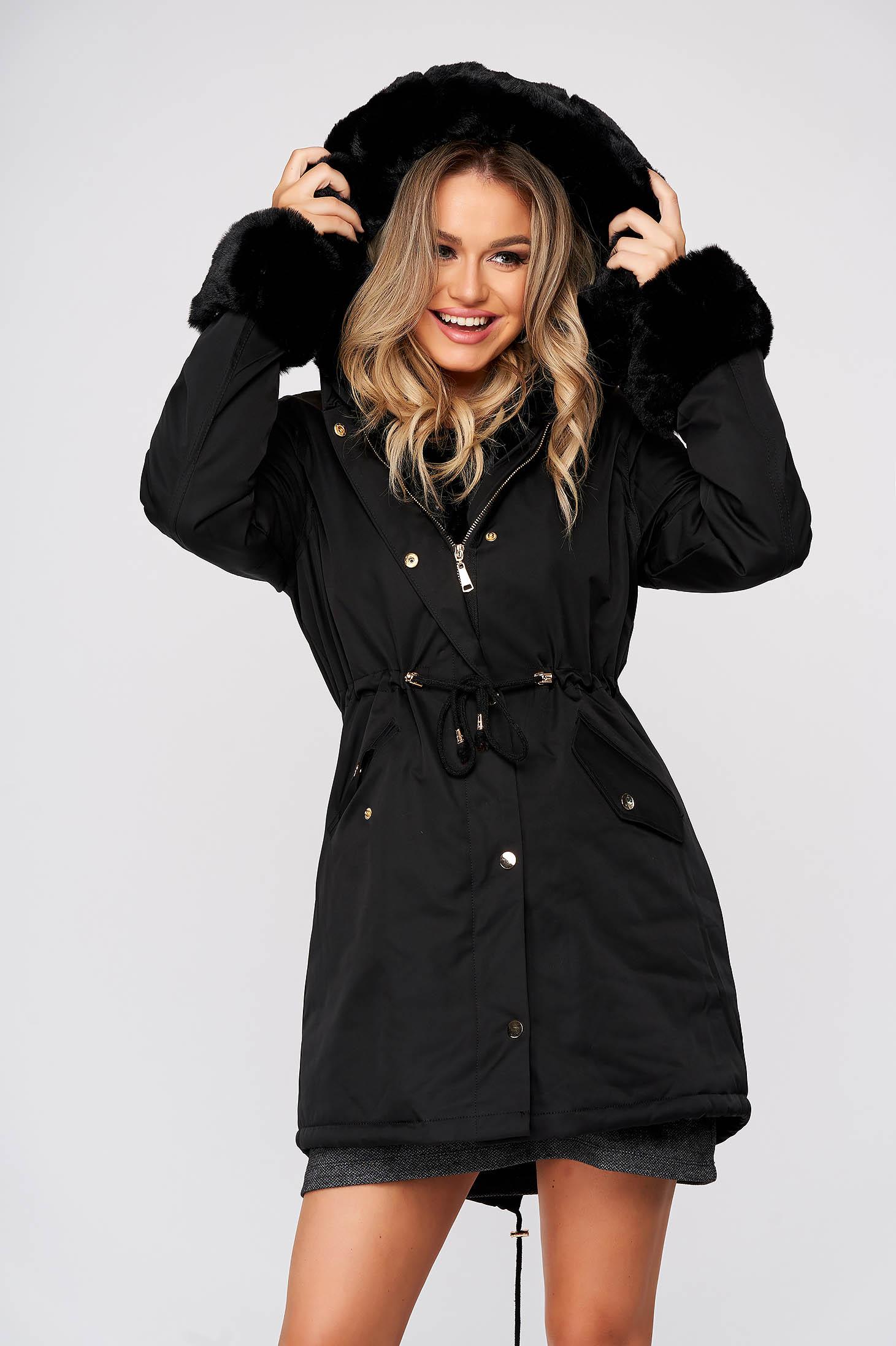 Fekete casual dzseki vastag textil anyagból bundabélessel ellátva zsebekkel