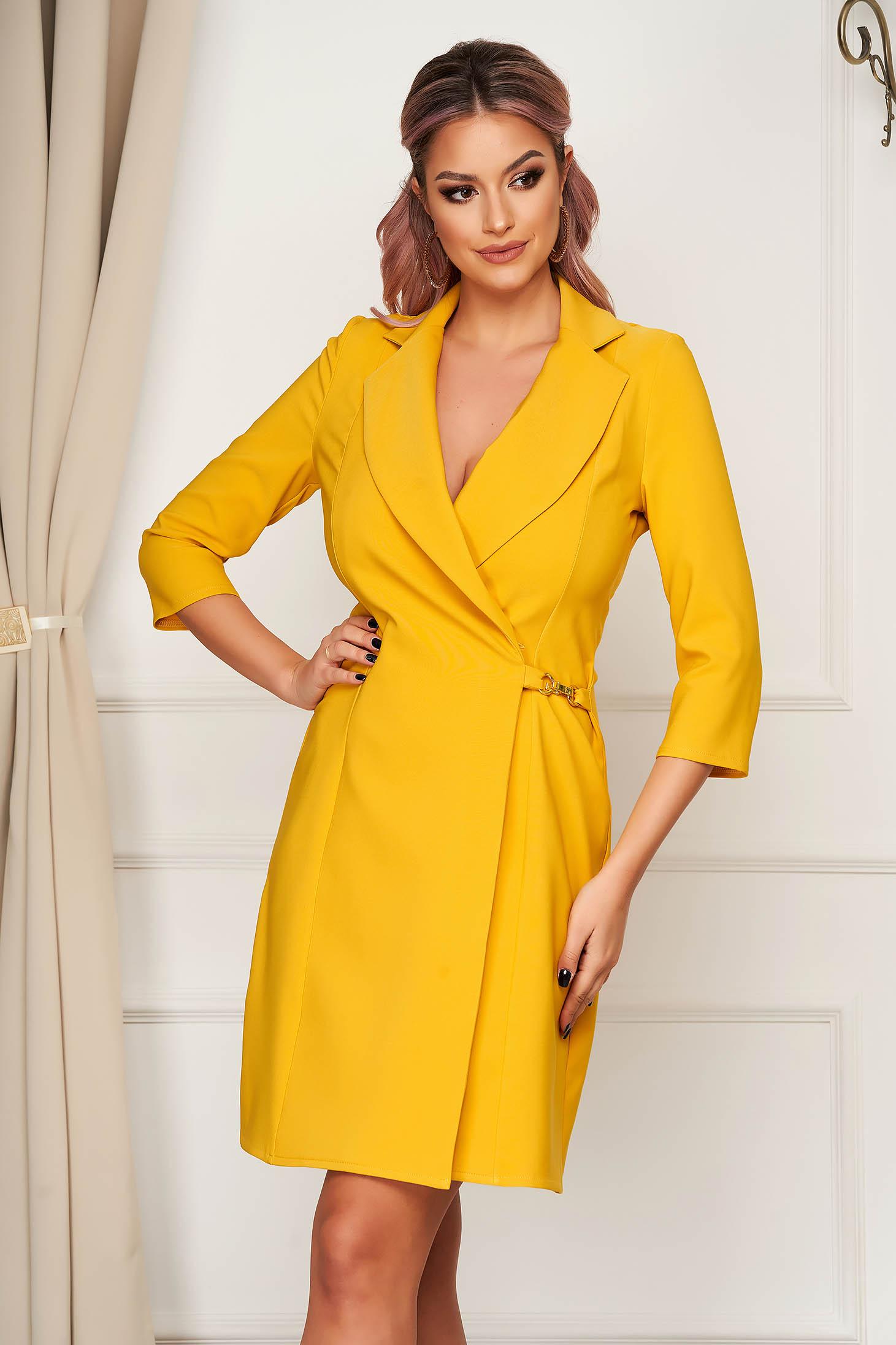 Sárga elegáns rövid átlapolt a-vonalú ruha vékony szövetből