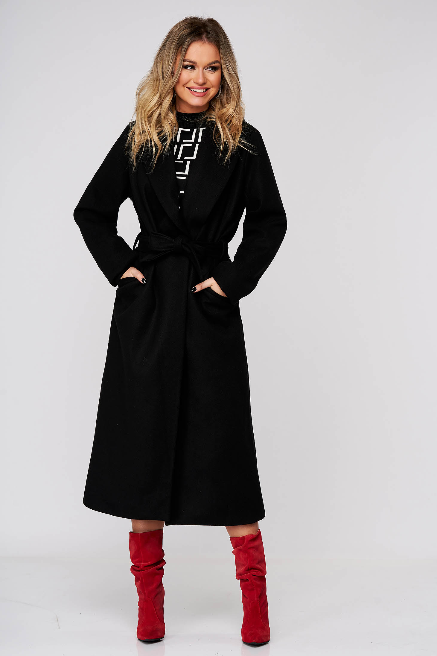Black coat elegant straight from non elastic fabric accessorized with tied waistband