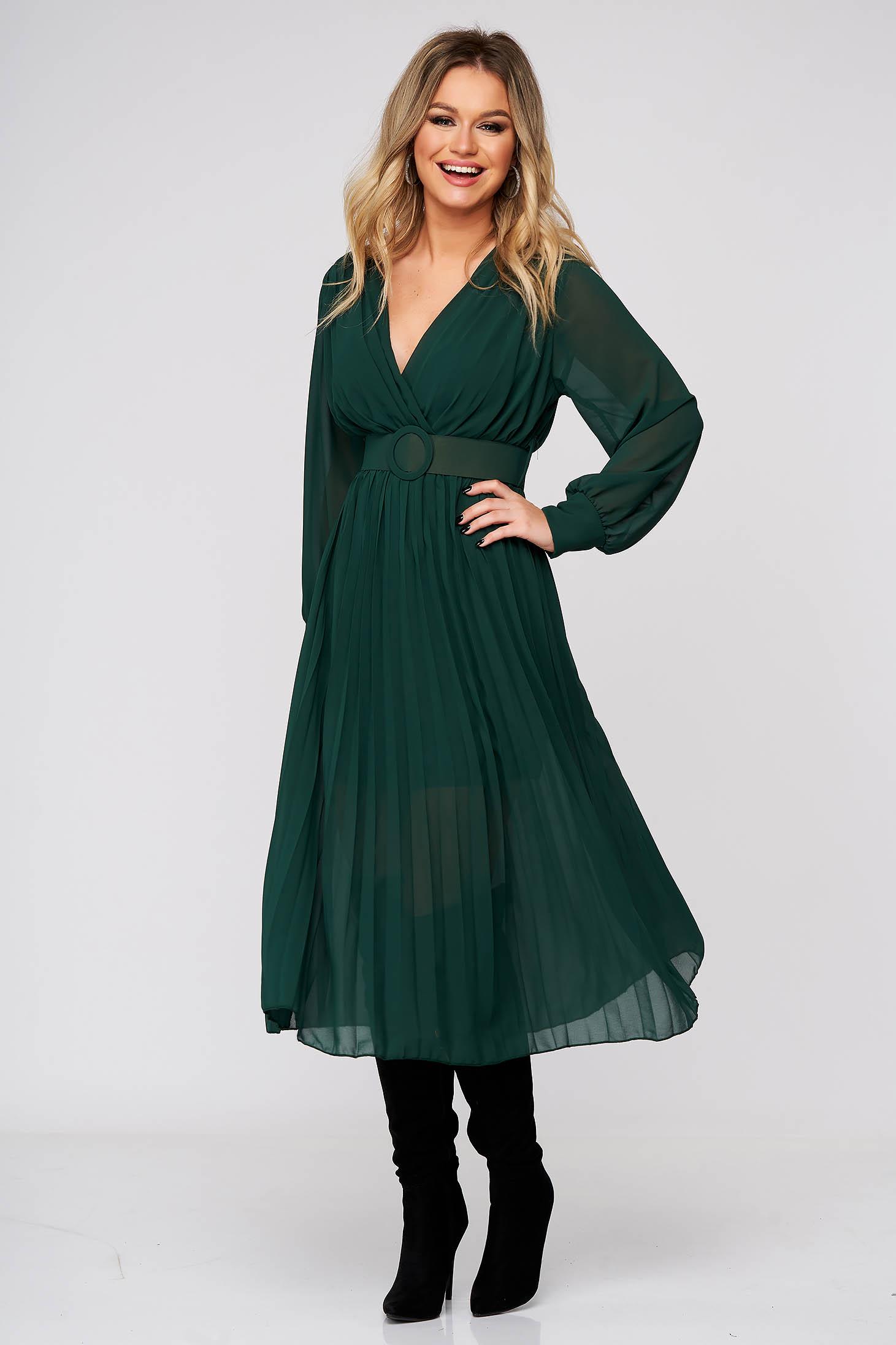 Zöld elegáns midi ruha rakott, pliszírozott muszlinból harang alakú szoknyával gumirozott derékrésszel
