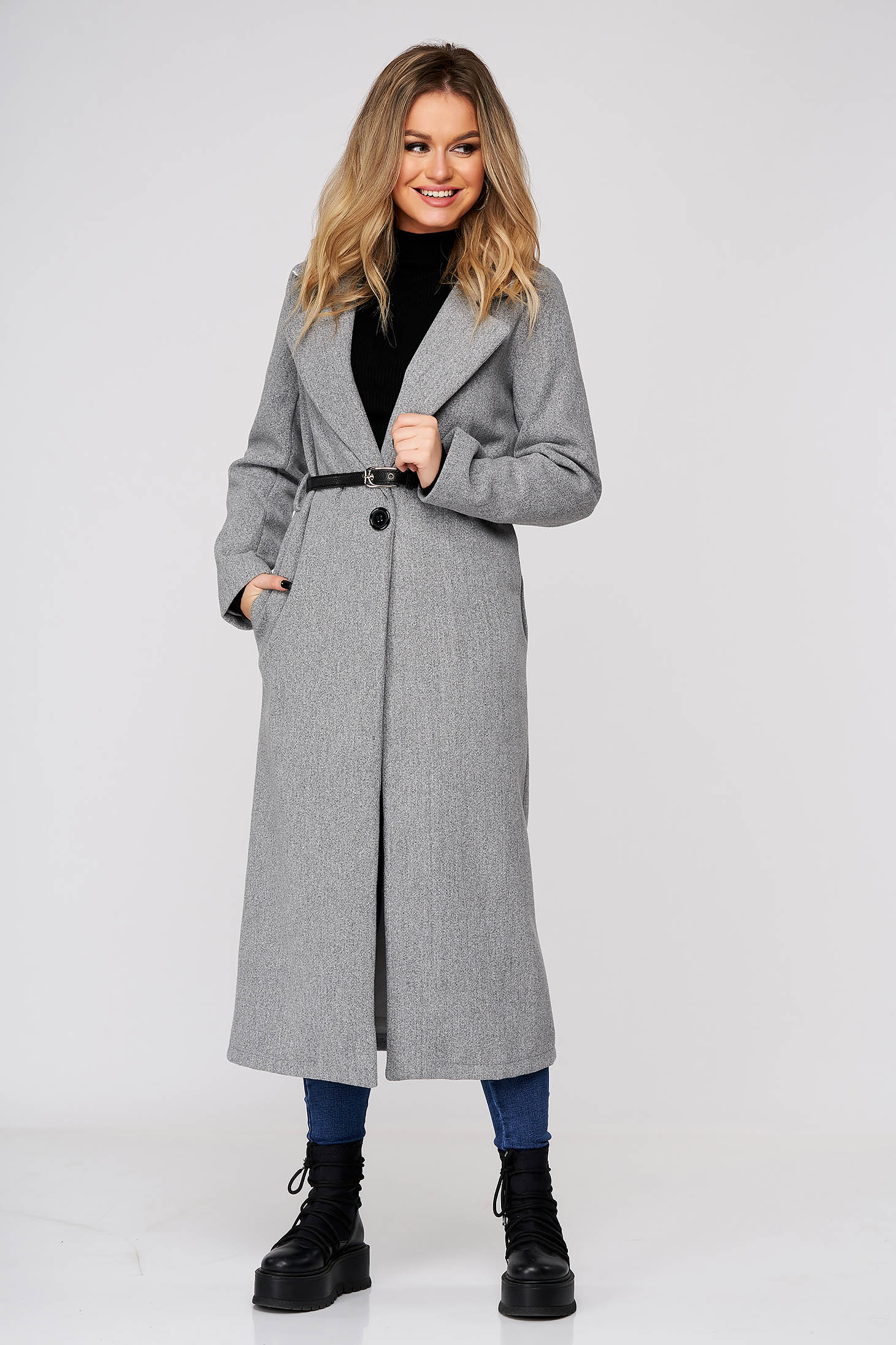 Grey coat casual long straight cloth with pockets accessorized with belt