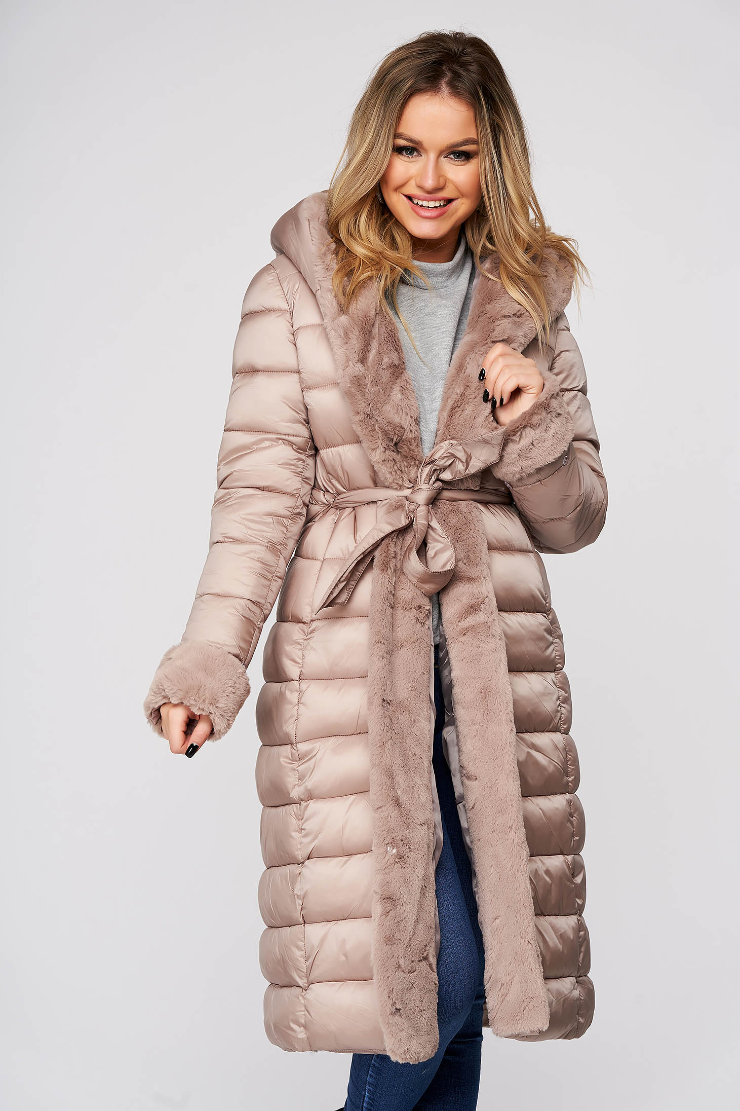 Cappuccino jacket casual midi from slicker with straight cut with faux fur accessory