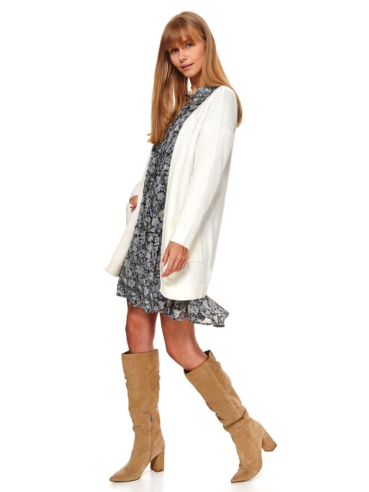 White sweater casual cardigan flared with pockets knitted fabric