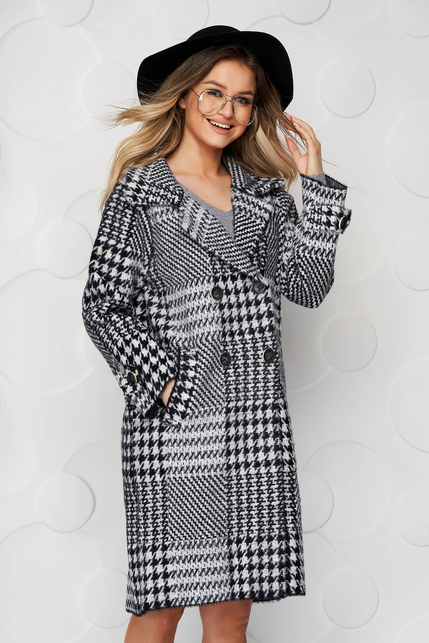 Coat elegant wool loose fit with chequers