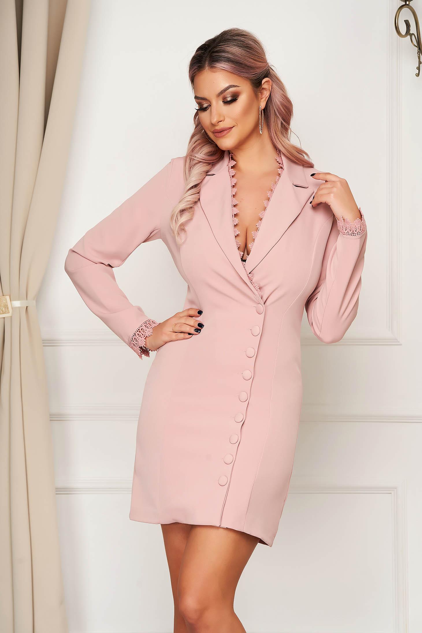 Rochie SunShine roz prafuit eleganta scurta din stofa tip sacou cu insertii de broderie