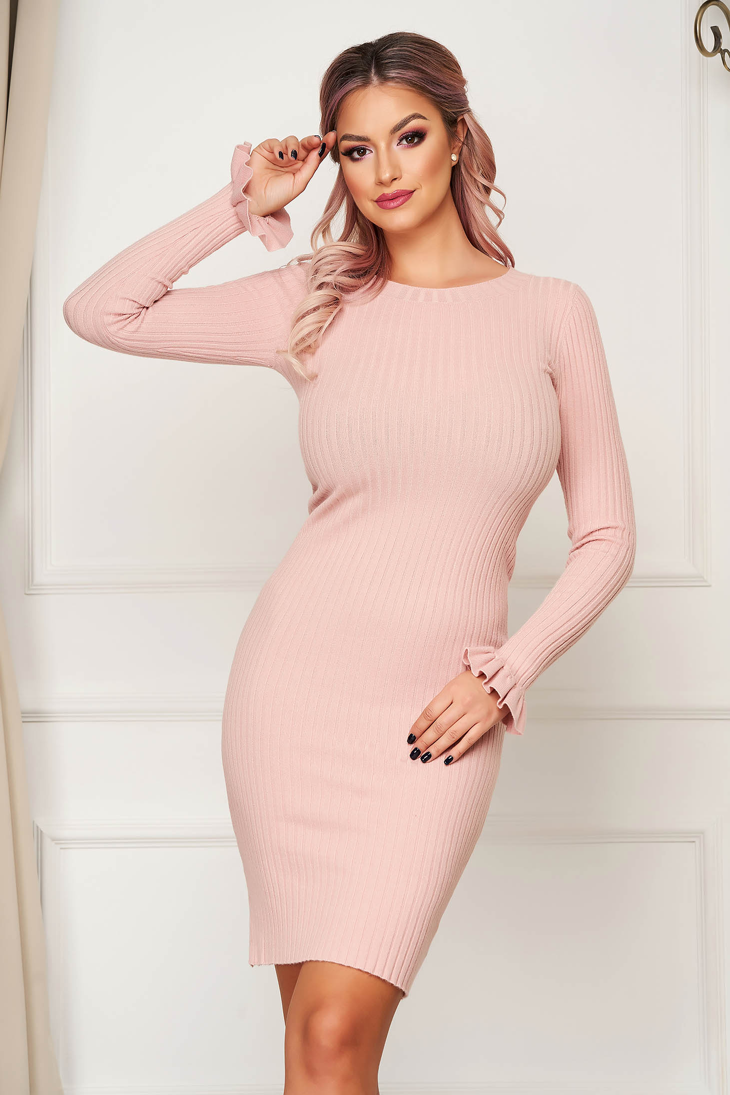 Pink dress short cut daily pencil knitted with ruffled sleeves