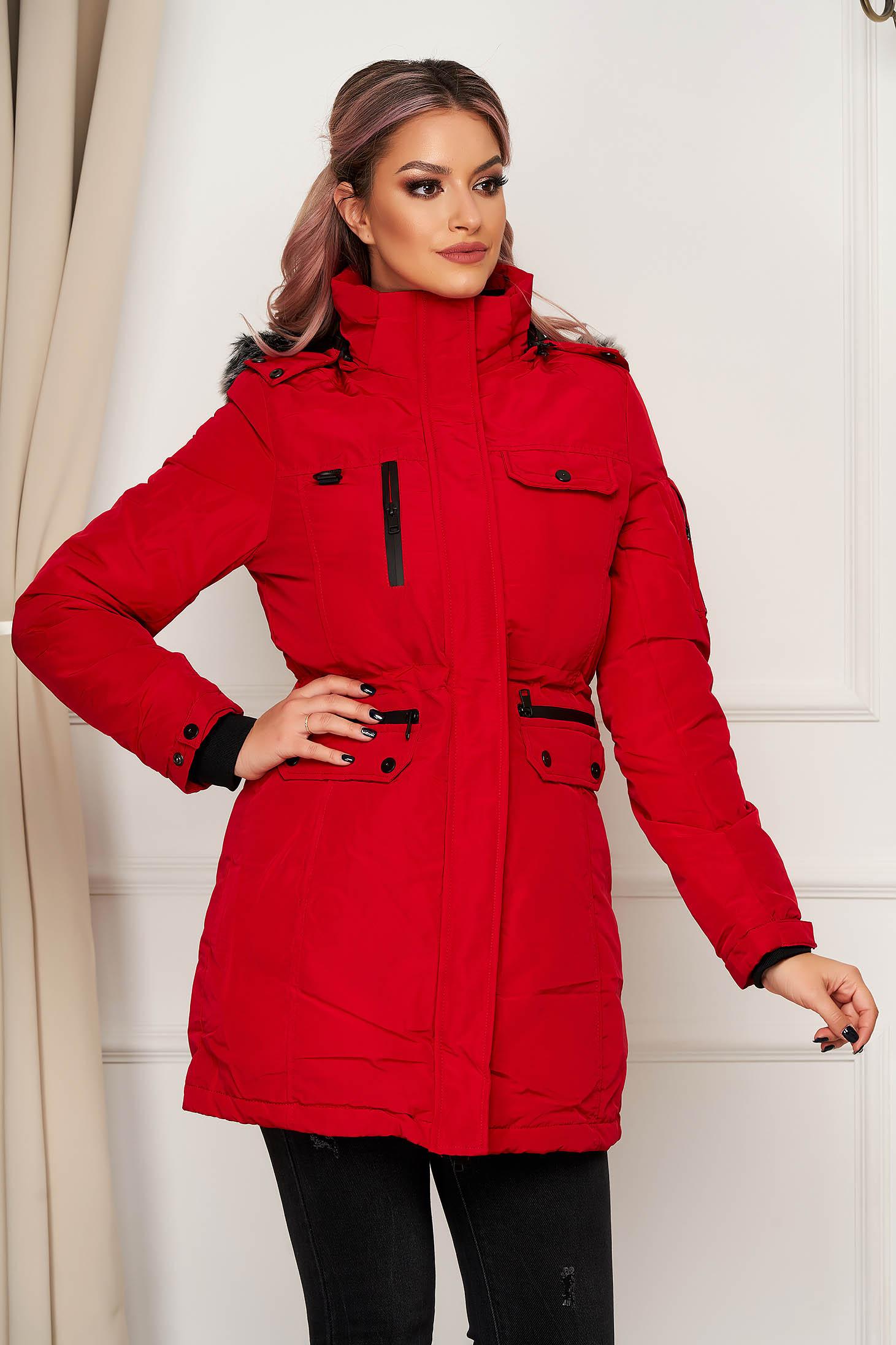 Piros casual vízlepergető dzseki béléssel egyenes szabású