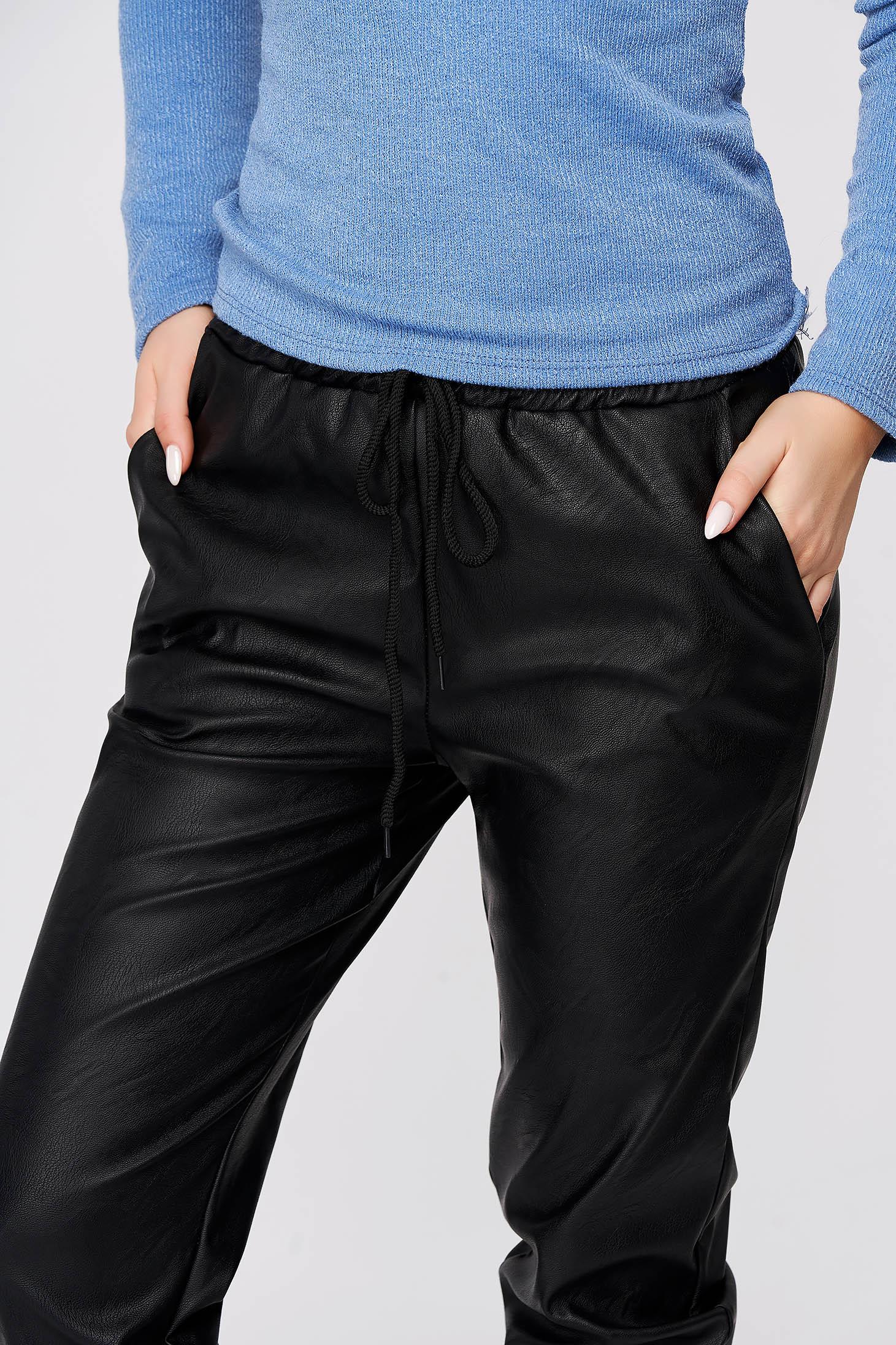 Pantaloni SunShine negri casual cu talie medie cu elastic in talie imitatie de piele