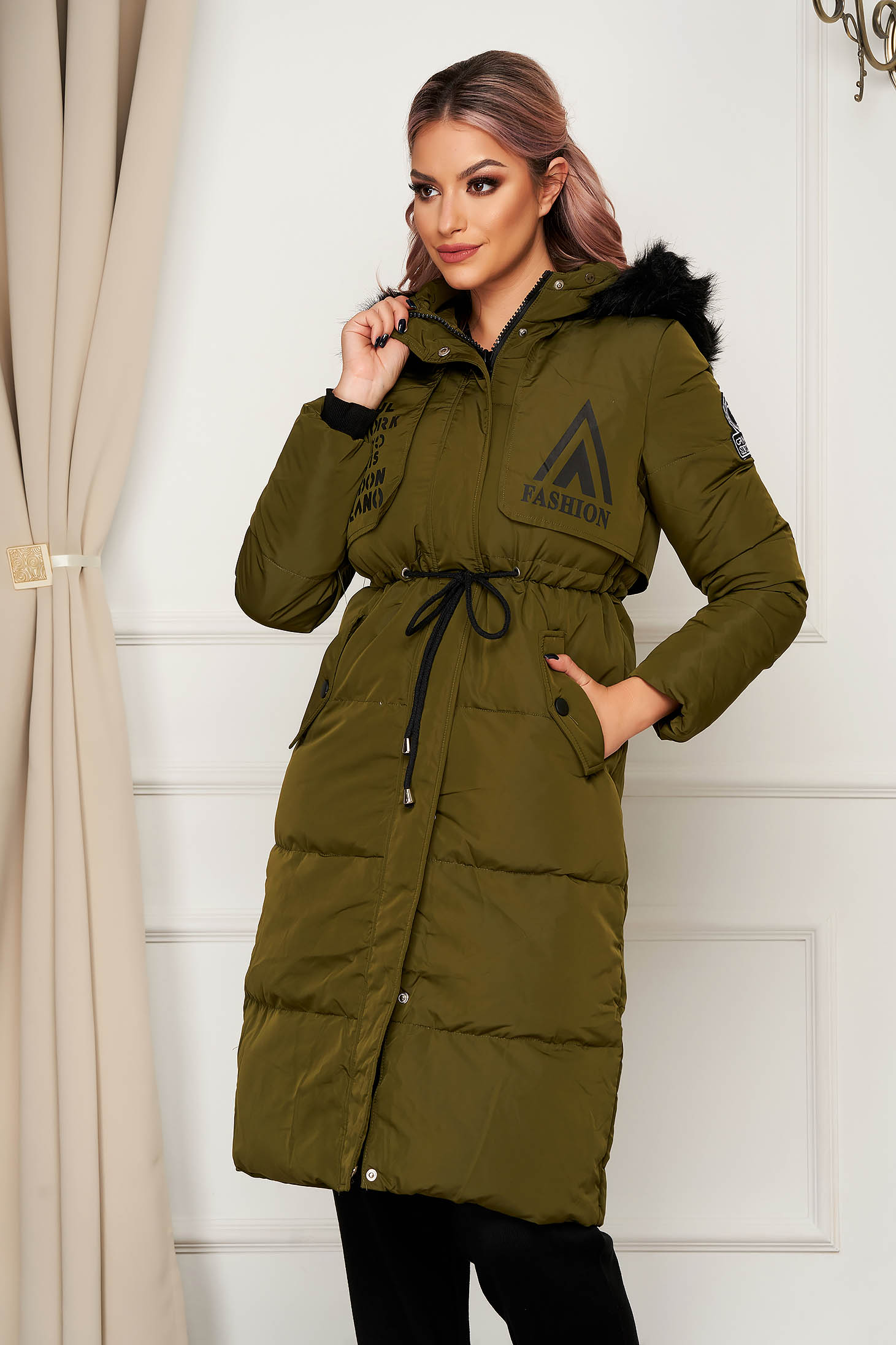 Darkgreen jacket casual midi from slicker is fastened around the waist with a ribbon