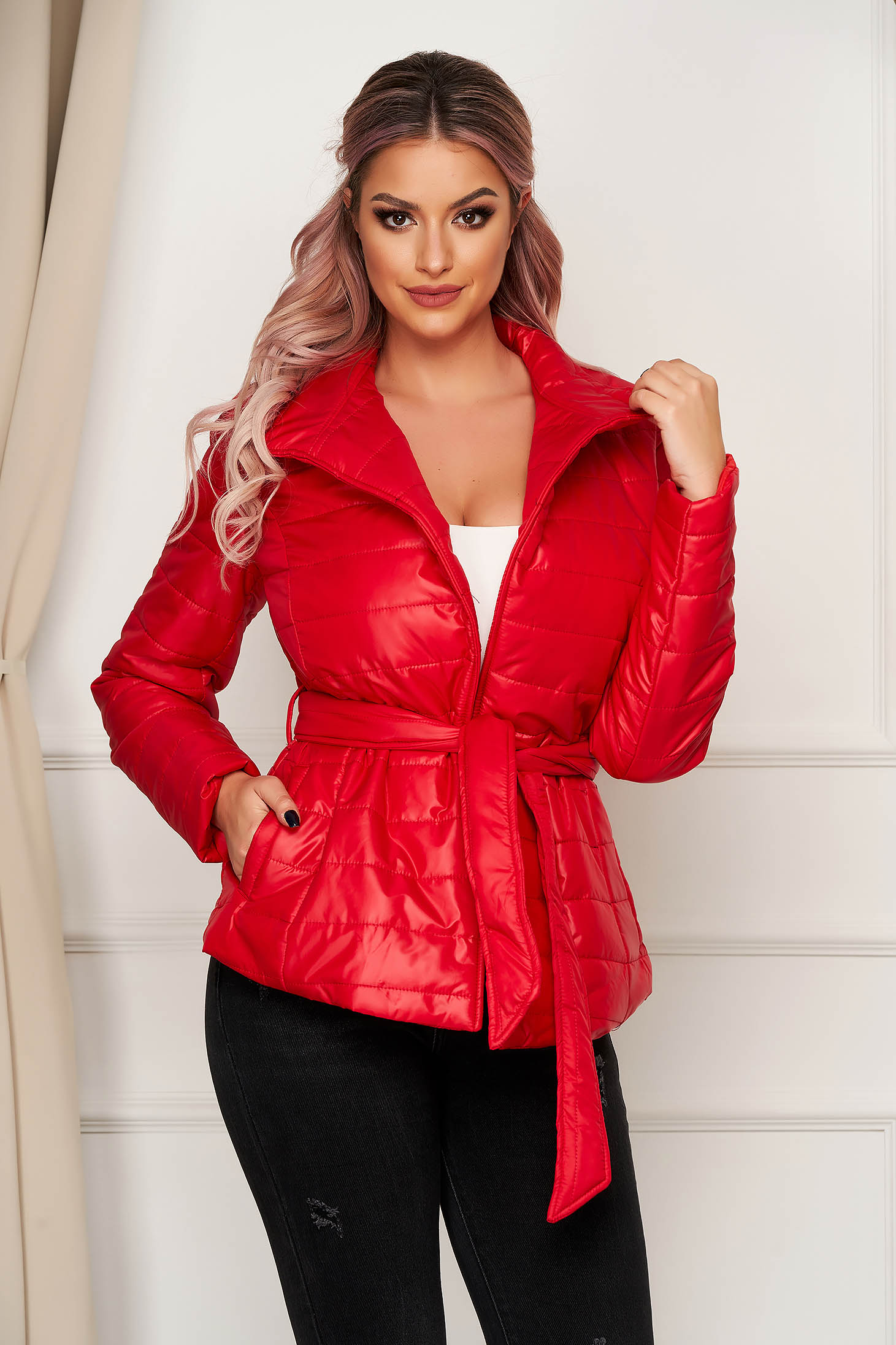 Casual short cut red jacket from slicker high collar with pockets