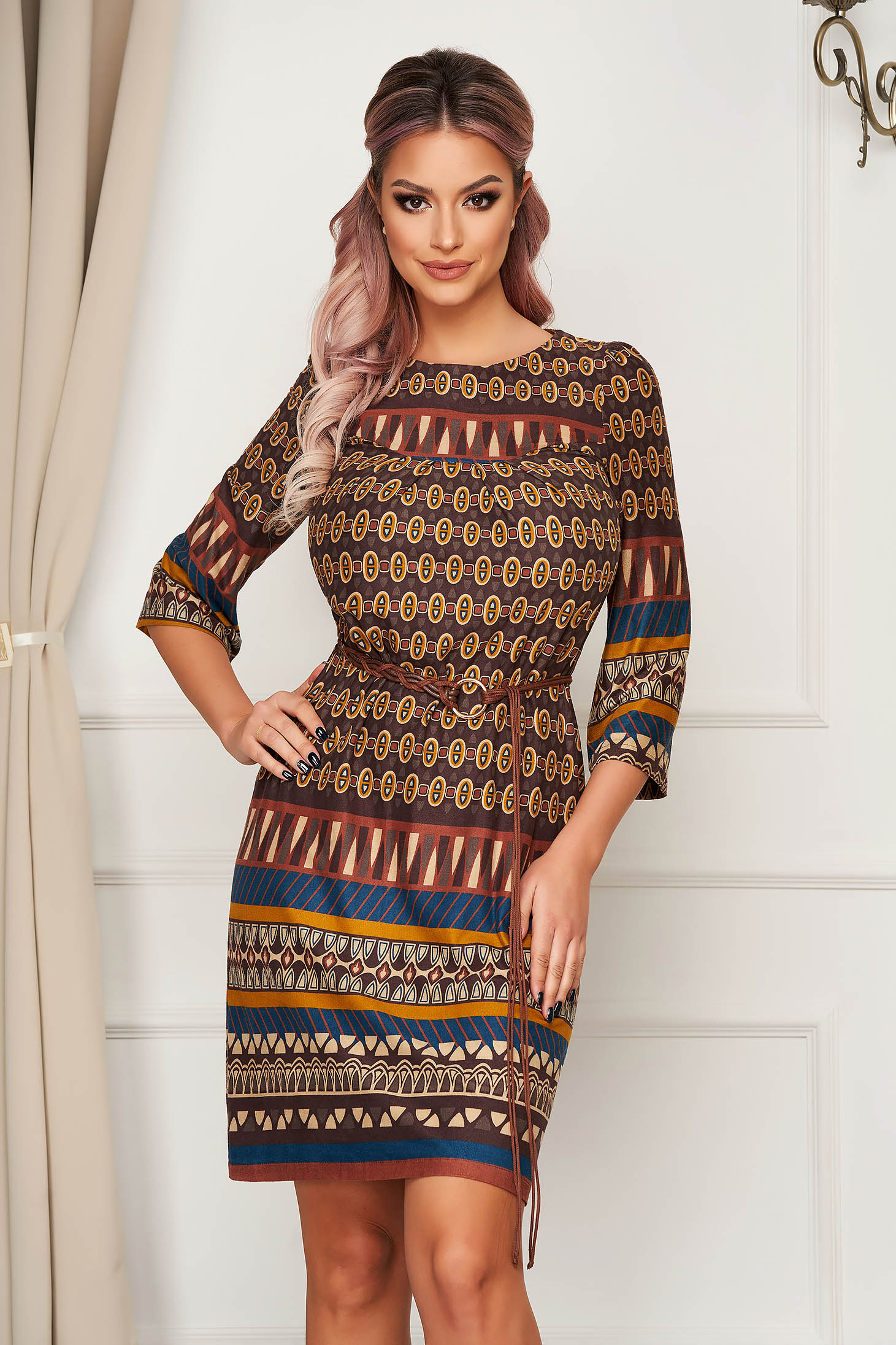 Brown dress daily short cut straight from velvet fabric accessorized with tied waistband