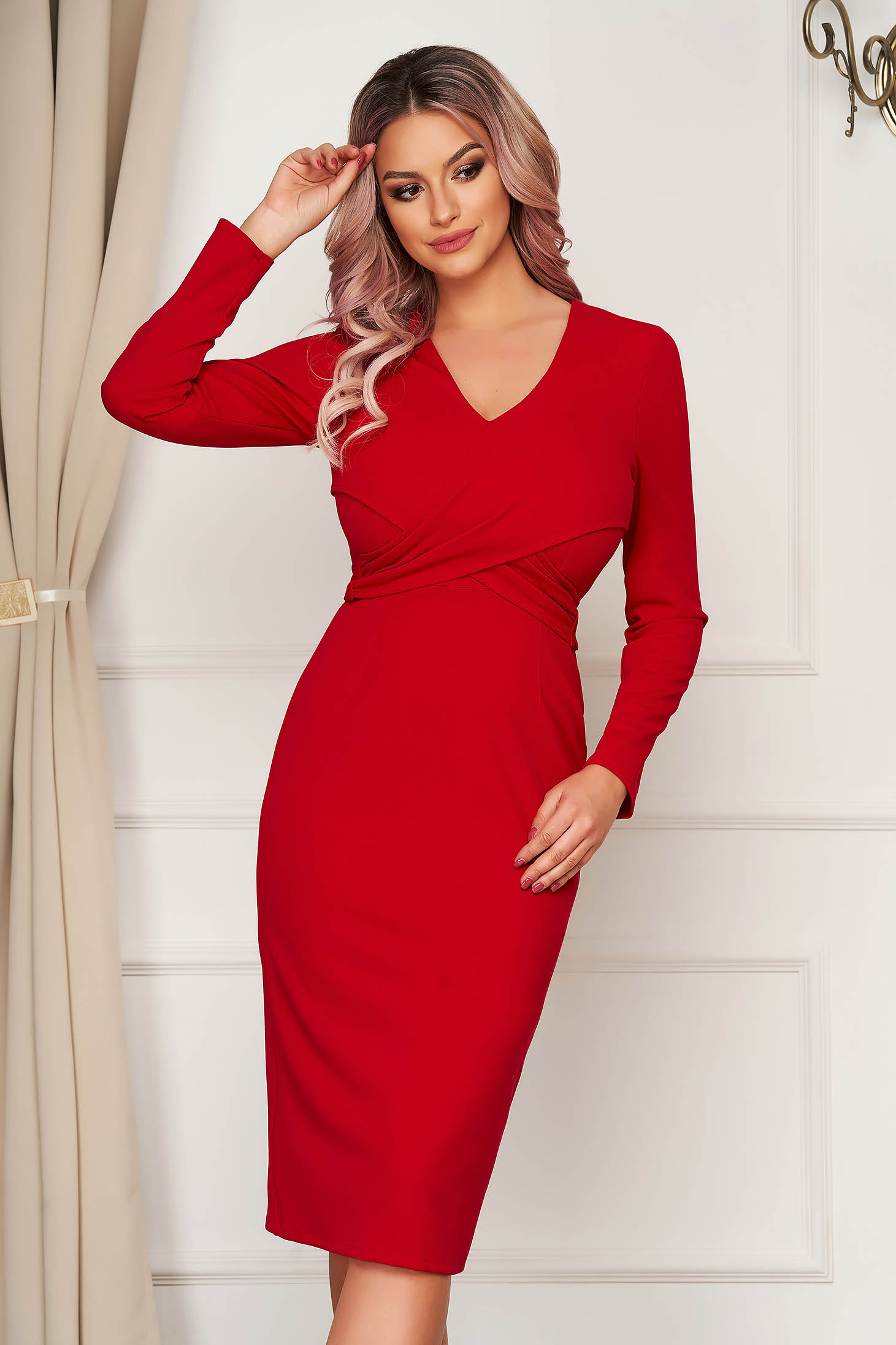 Red dress elegant with tented cut with v-neckline