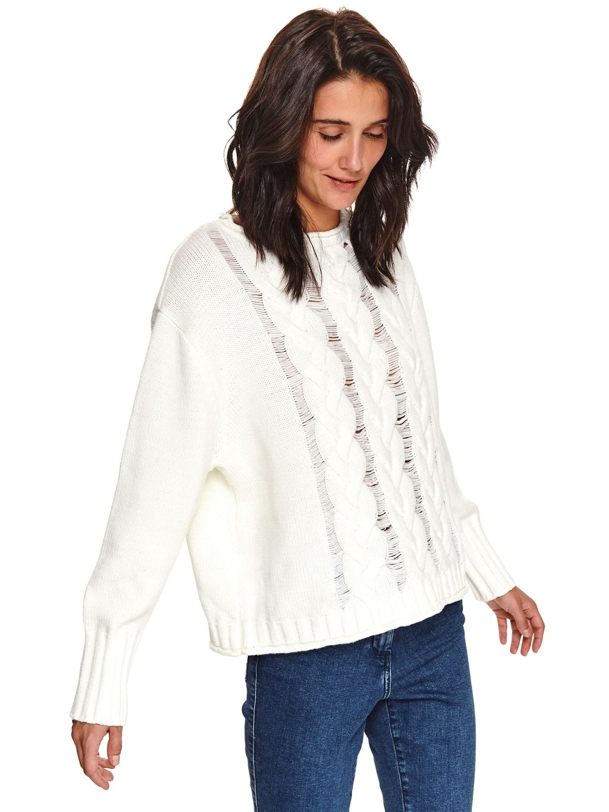 White sweater casual with easy cut knitted fabric