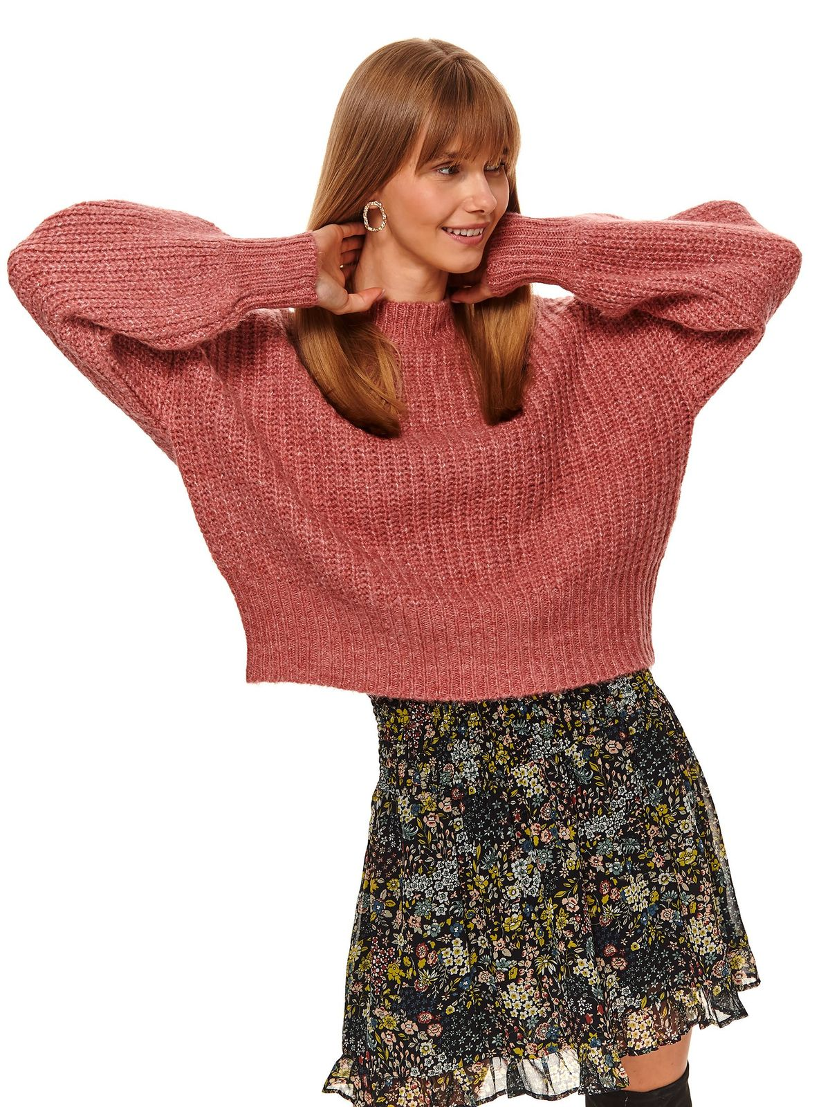 Pink sweater casual flared from thick fabric knitted