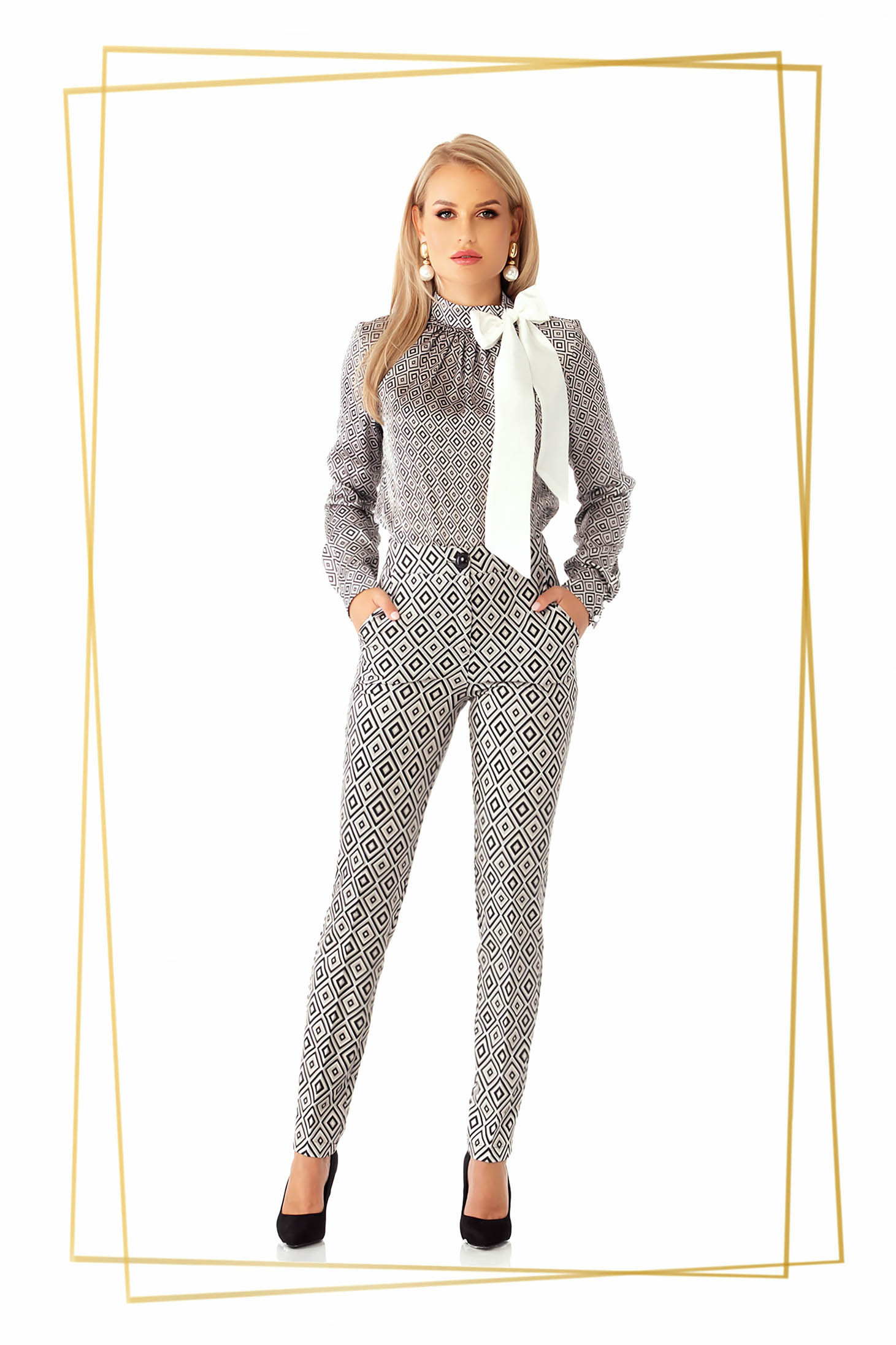 Pantaloni PrettyGirl albi office conici din stofa usor elastica cu talie medie