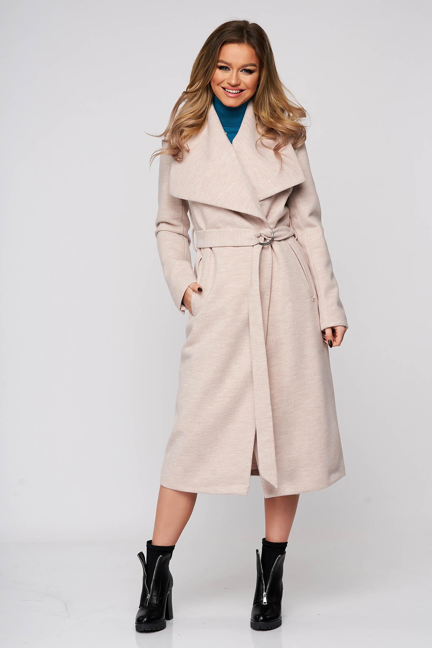 Palton Top Secret roz deschis casual cu un croi drept din stofa neelastica accesorizat cu cordon