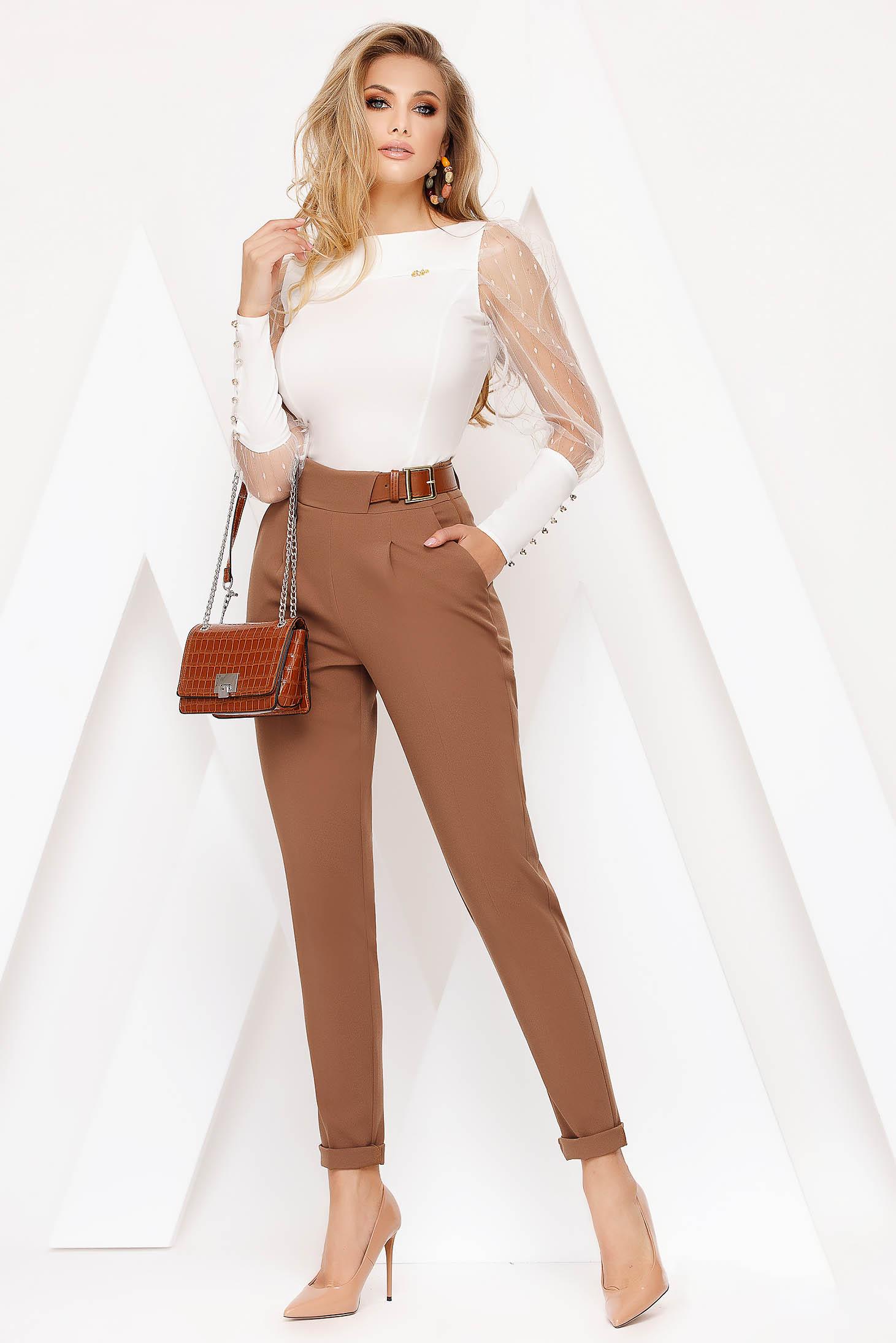 Pantaloni Fofy maro office conici din stofa usor elastica cu talie inalta