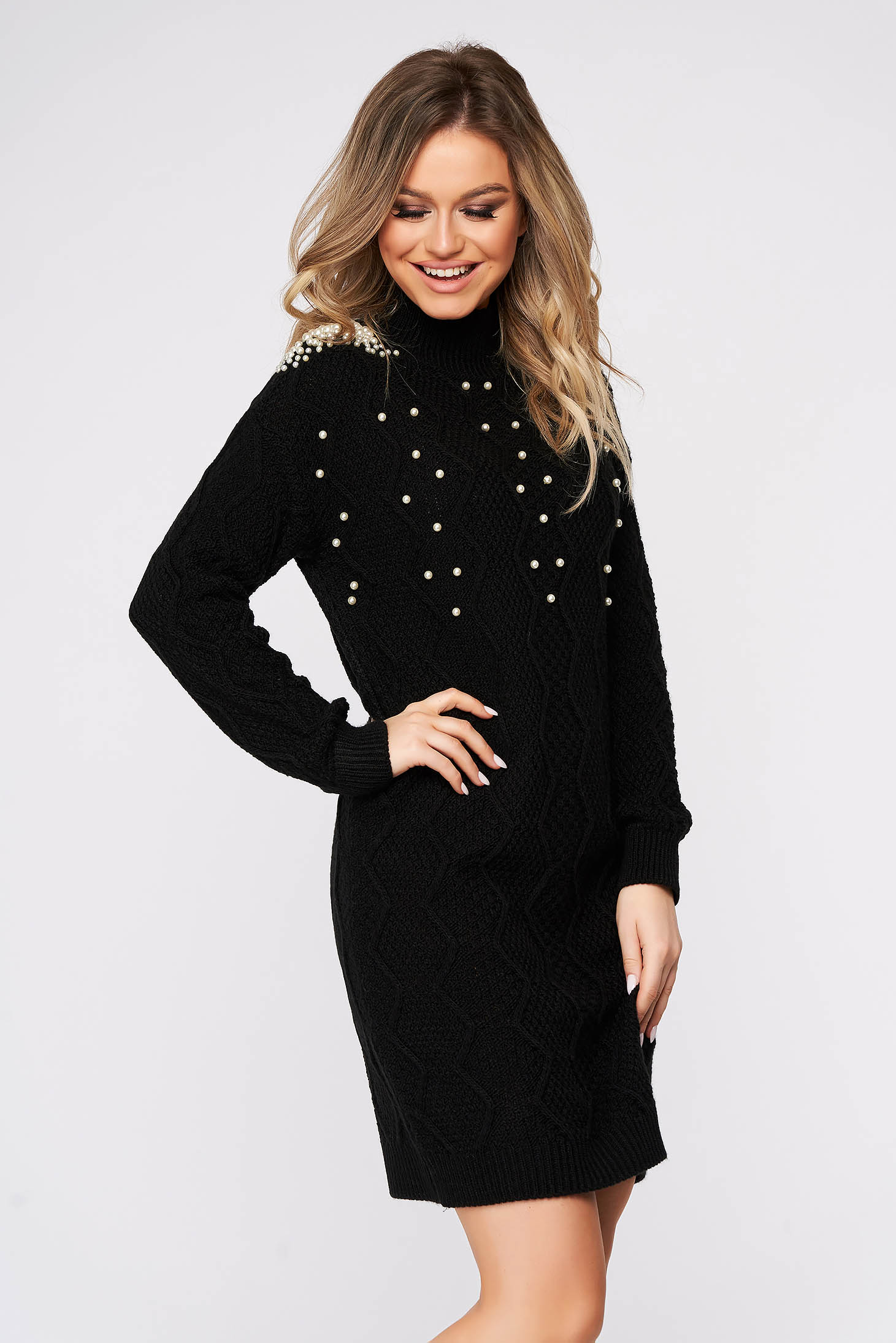 Black sweater casual knitted fabric with pearls