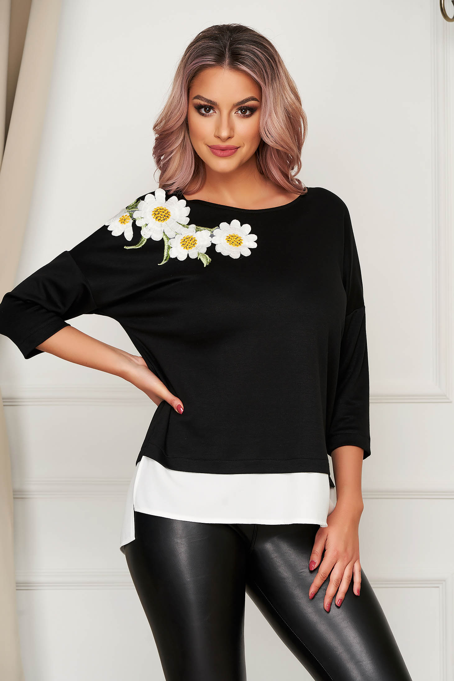 StarShinerS flared black women`s blouse
