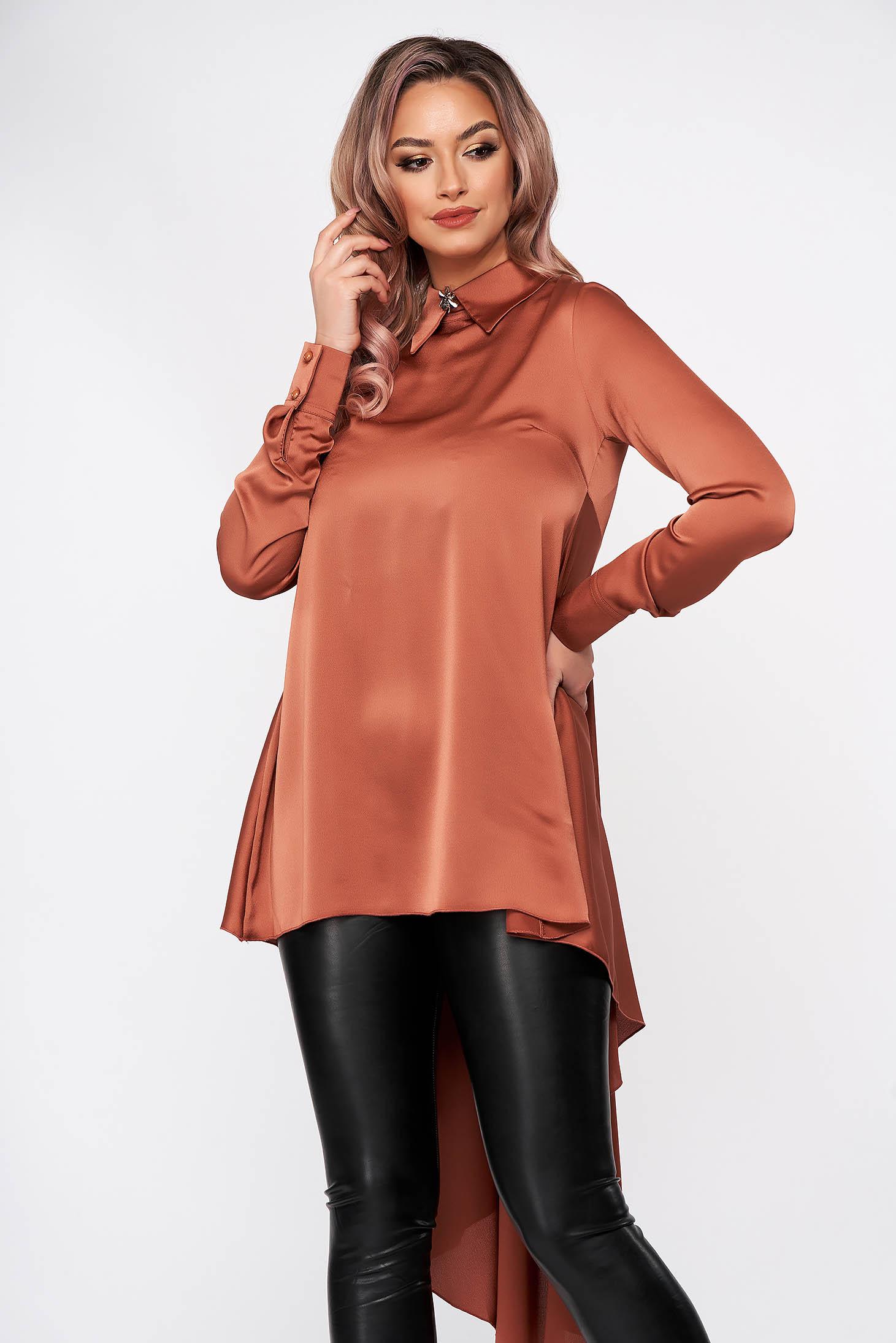 Bluza dama PrettyGirl caramizie eleganta asimetrica din material satinat cu croi larg