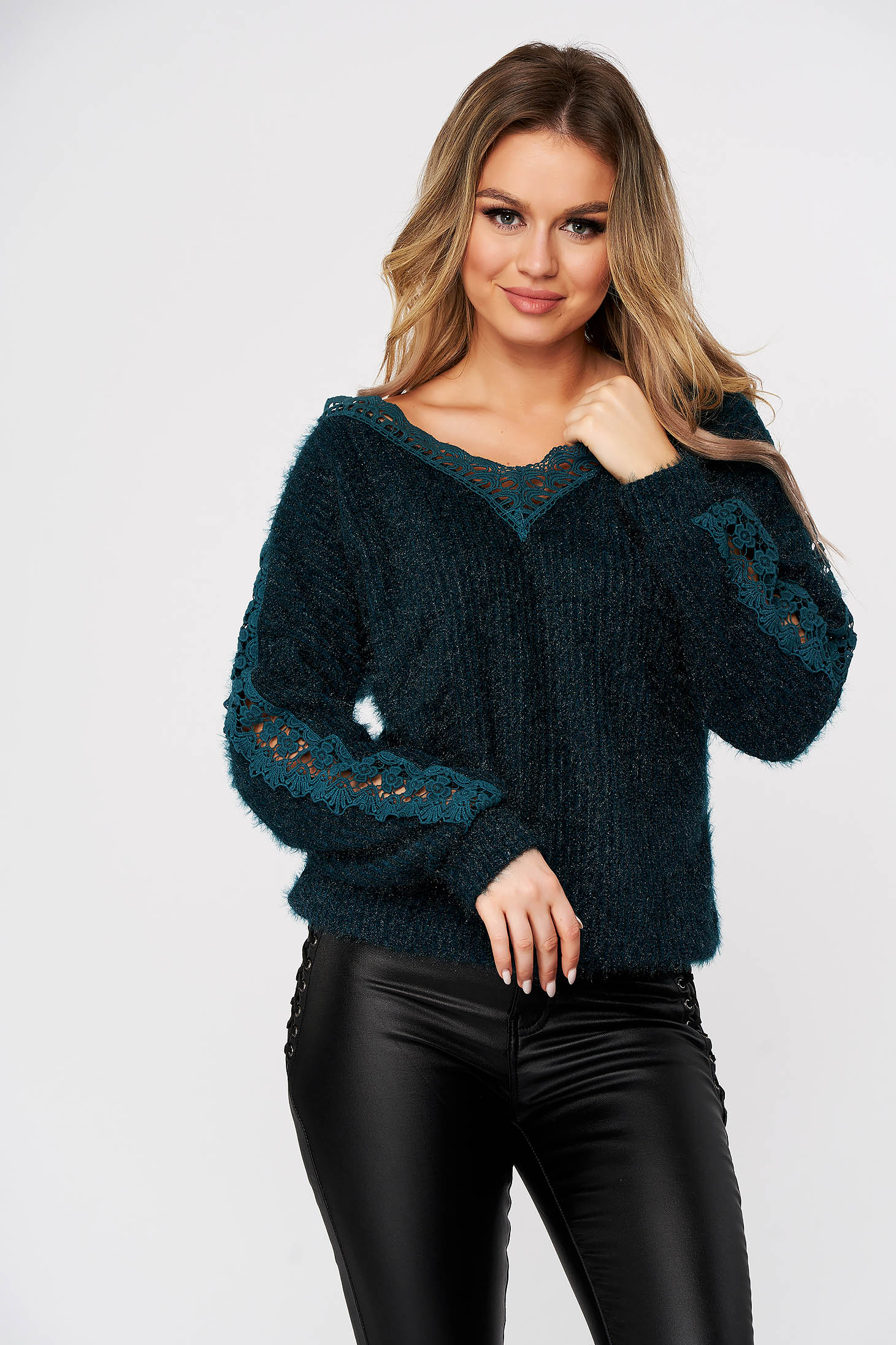 Dirty green sweater casual knitted fabric with lace details flared