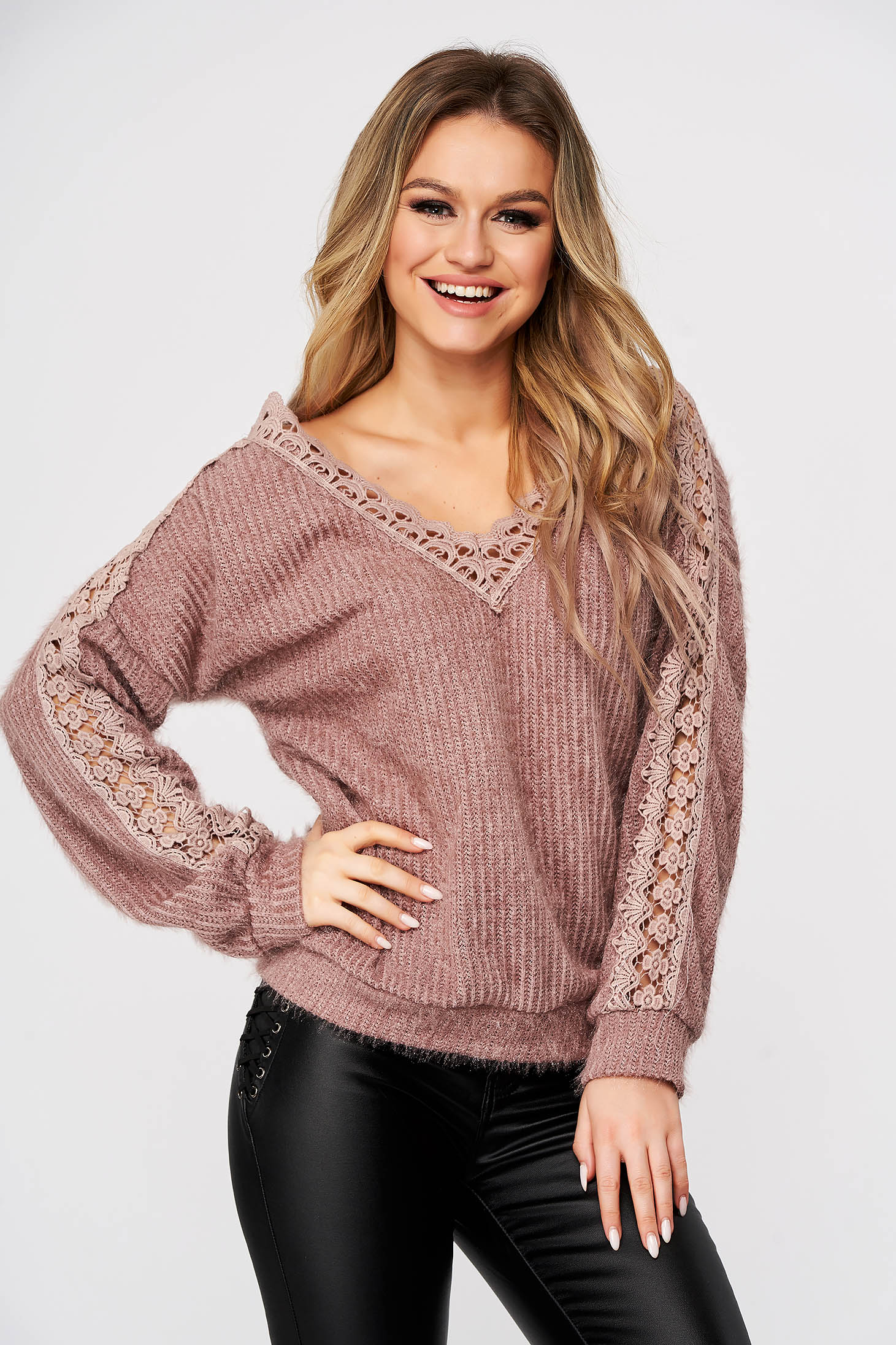 Lightpink sweater casual knitted fabric with lace details flared