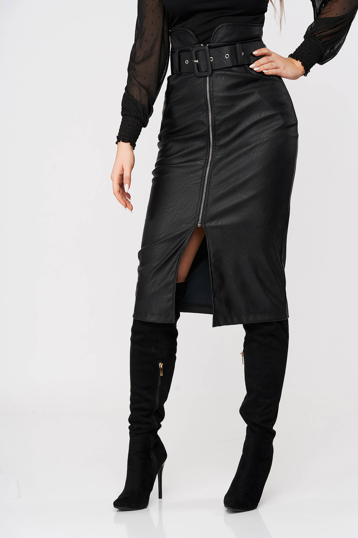Black skirt high waisted pencil from ecological leather accessorized with belt