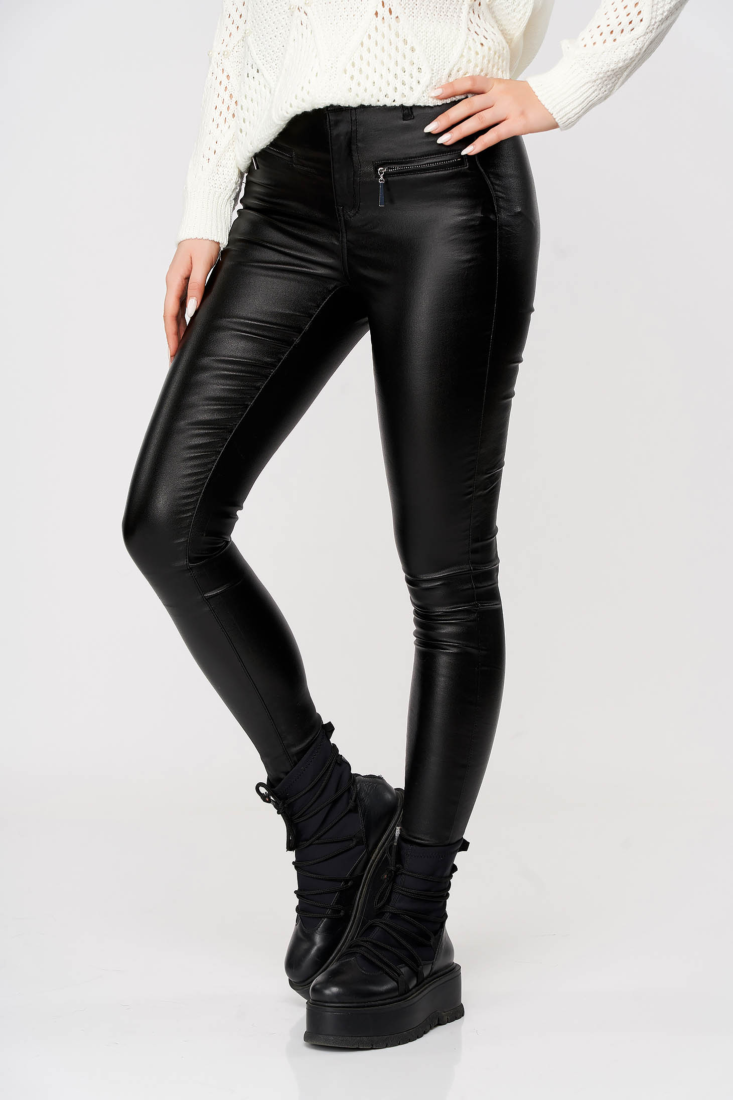 Black trousers long from ecological leather zipper accessory