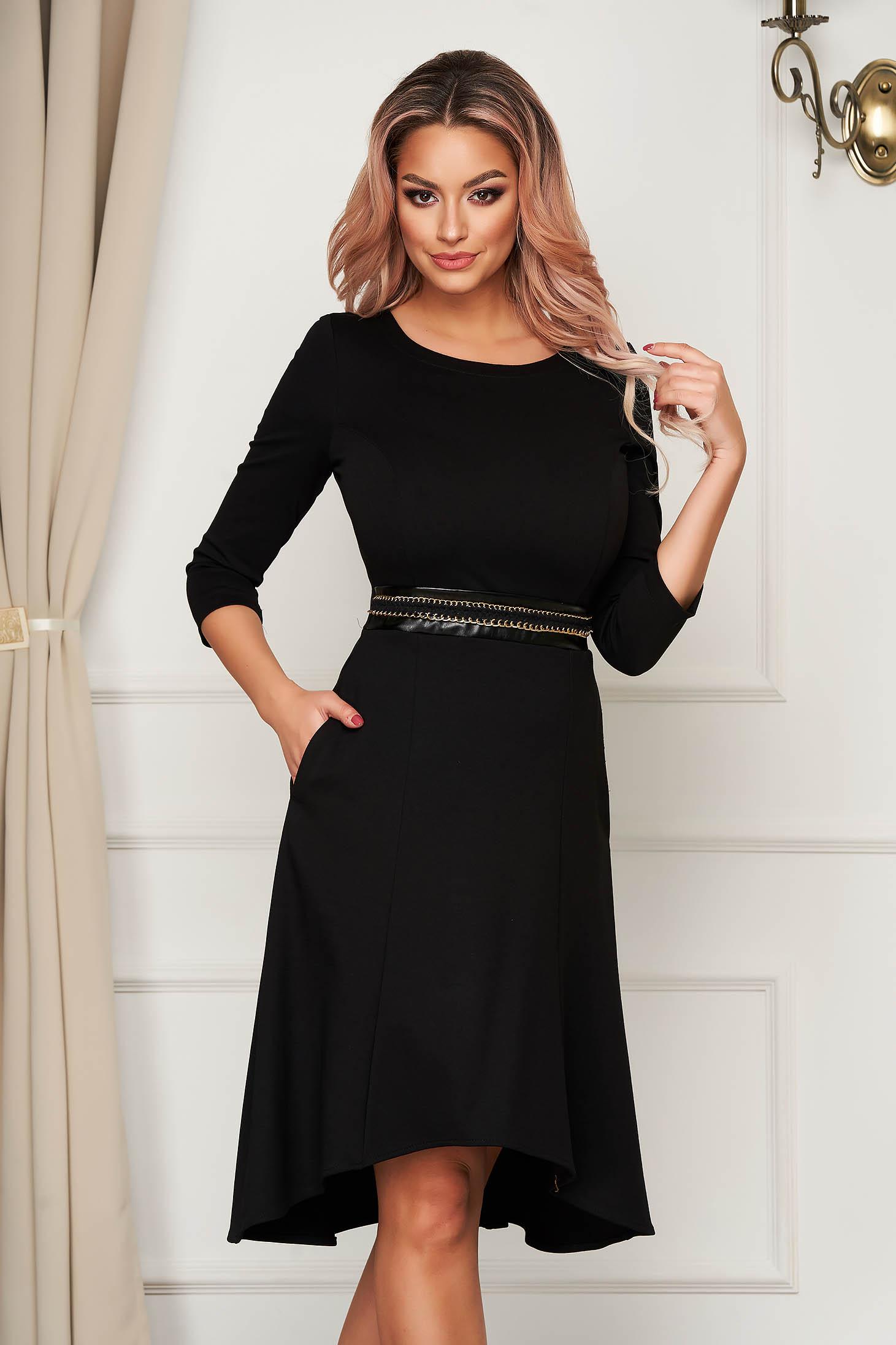 Rochie StarShinerS neagra asimetrica de zi din jersey cu buzunare si centura decorativa