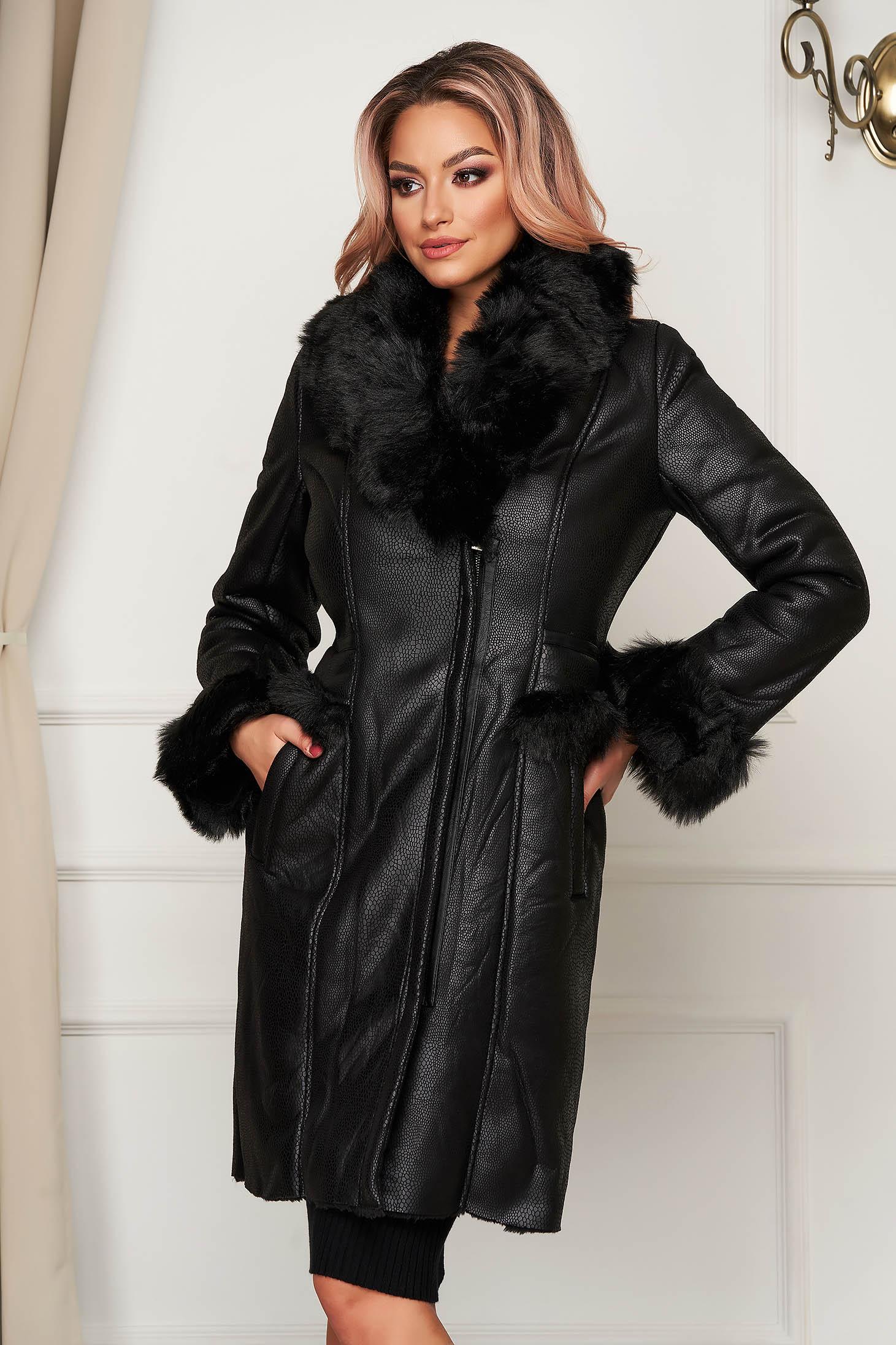 Fekete casual midi dzseki műbőrből műszőrme berakásokkal