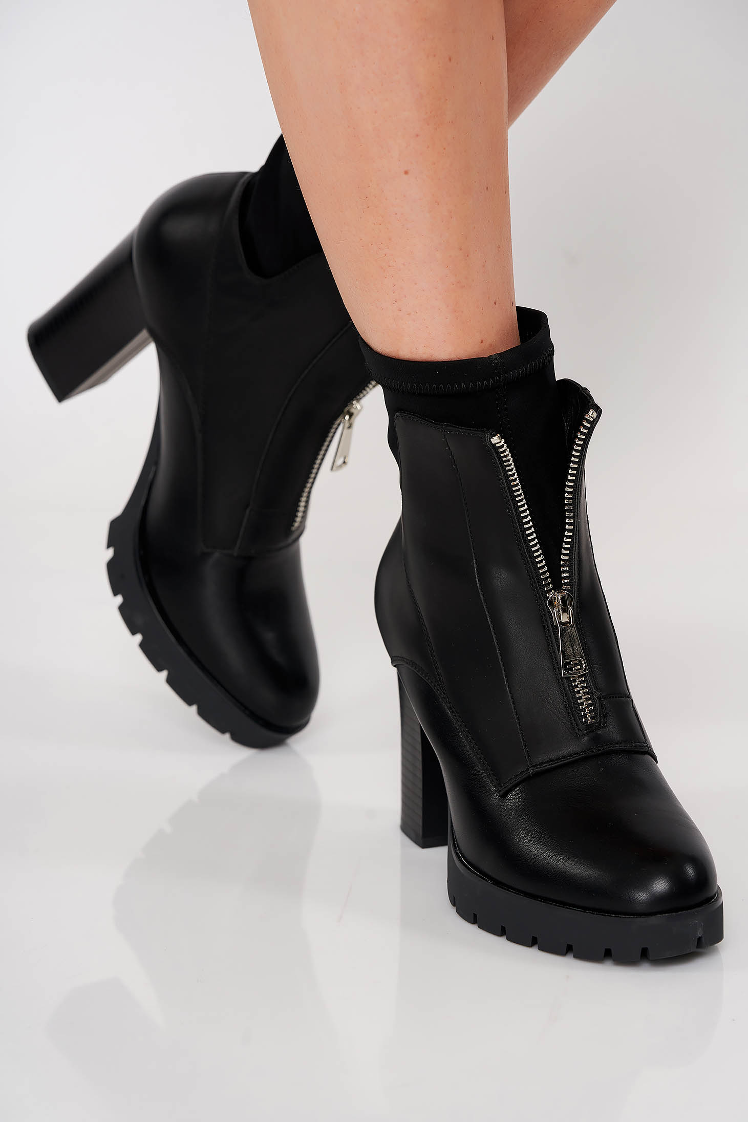 Black casual ankle boots from ecological leather zipper accessory
