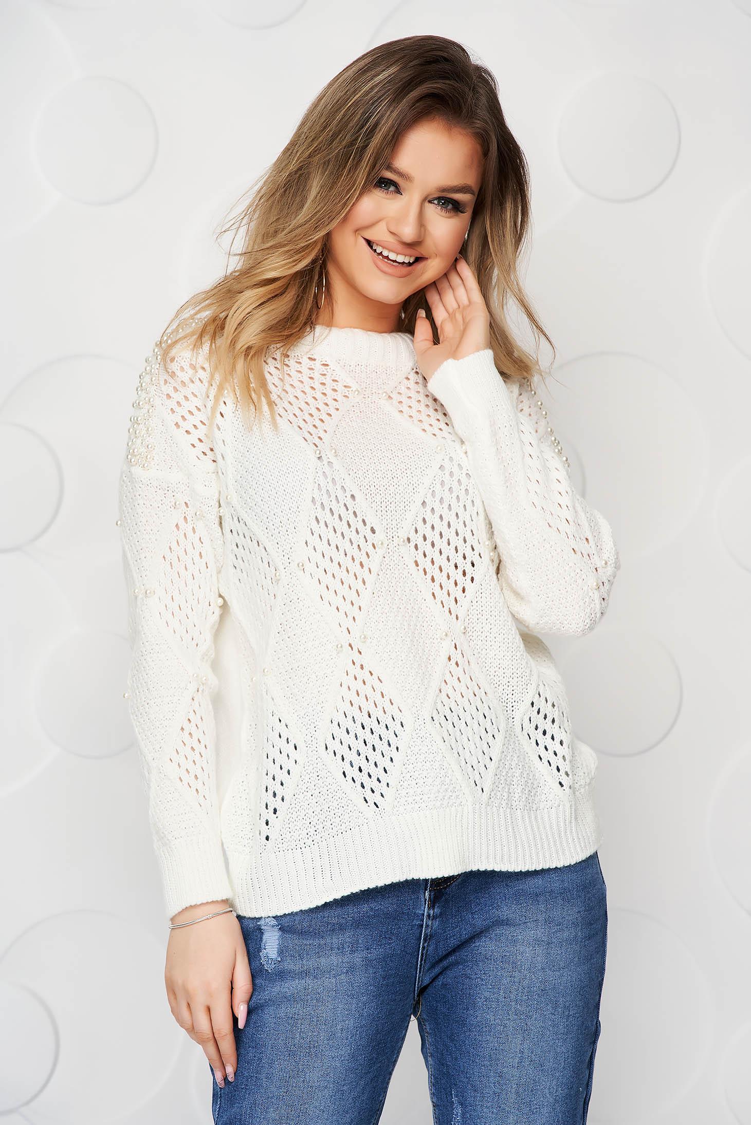 Pulover SunShine alb casual tricotat cu croi larg si aplicatii cu perle